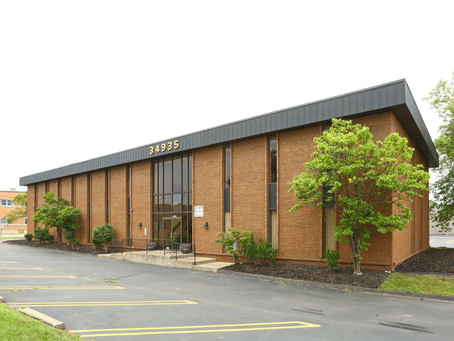 Burger & Company announces 800 sq ft office leased