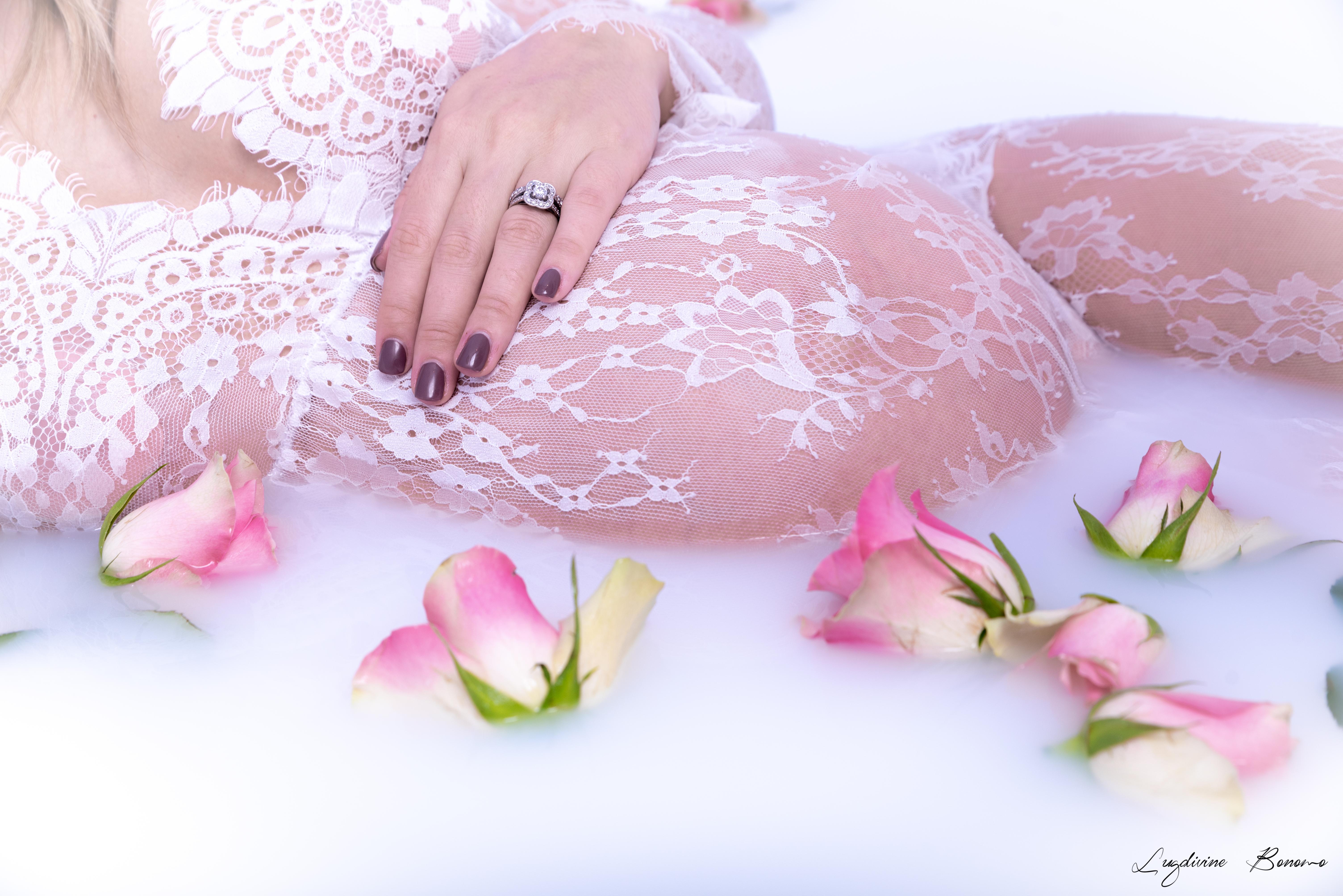 grossesse bain de lait fleur fraîche