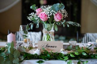 décoration mariage rose, fleur thème amour