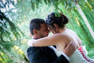 photo couple sous un arbre