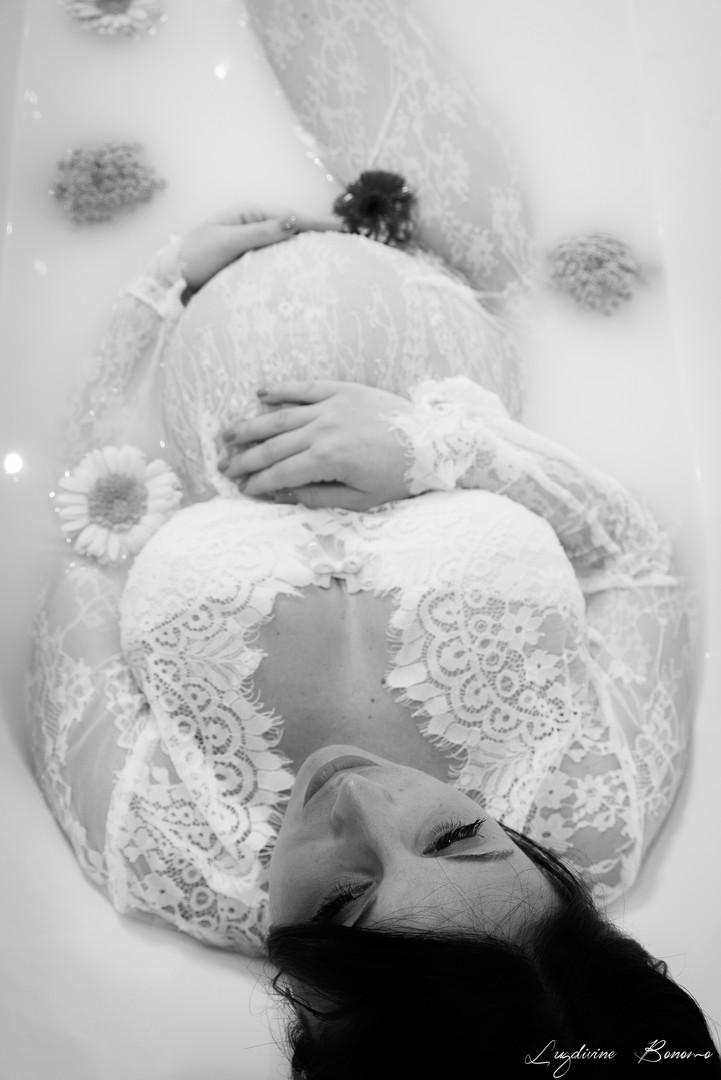 photographe grossesse bain de lait vitrolles domicile