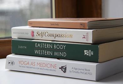 Yoga-books.png