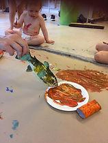 fisk spiser maling.jpg