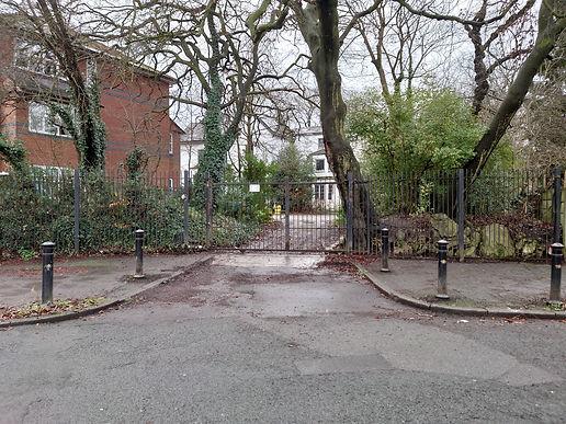 Antwerp Mansion Front Gates