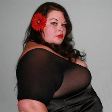 Buxom SSBBW Mistress