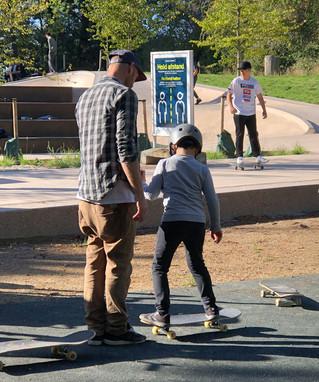 Skateundervisning i Remiseparken