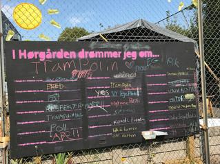 Tavle til idéer i Hørgården