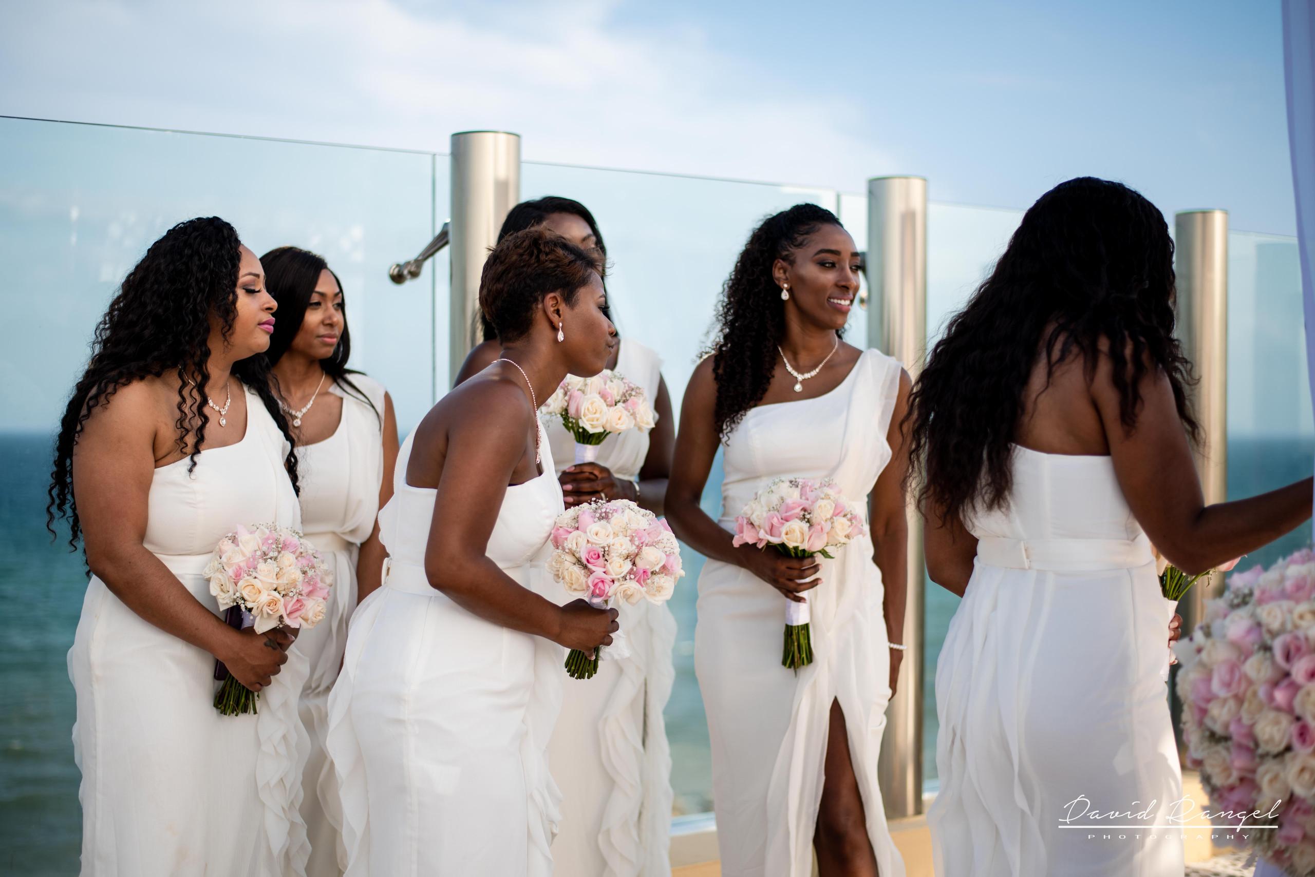 damas+de+honor+ramos+de+flores+bridesmaids