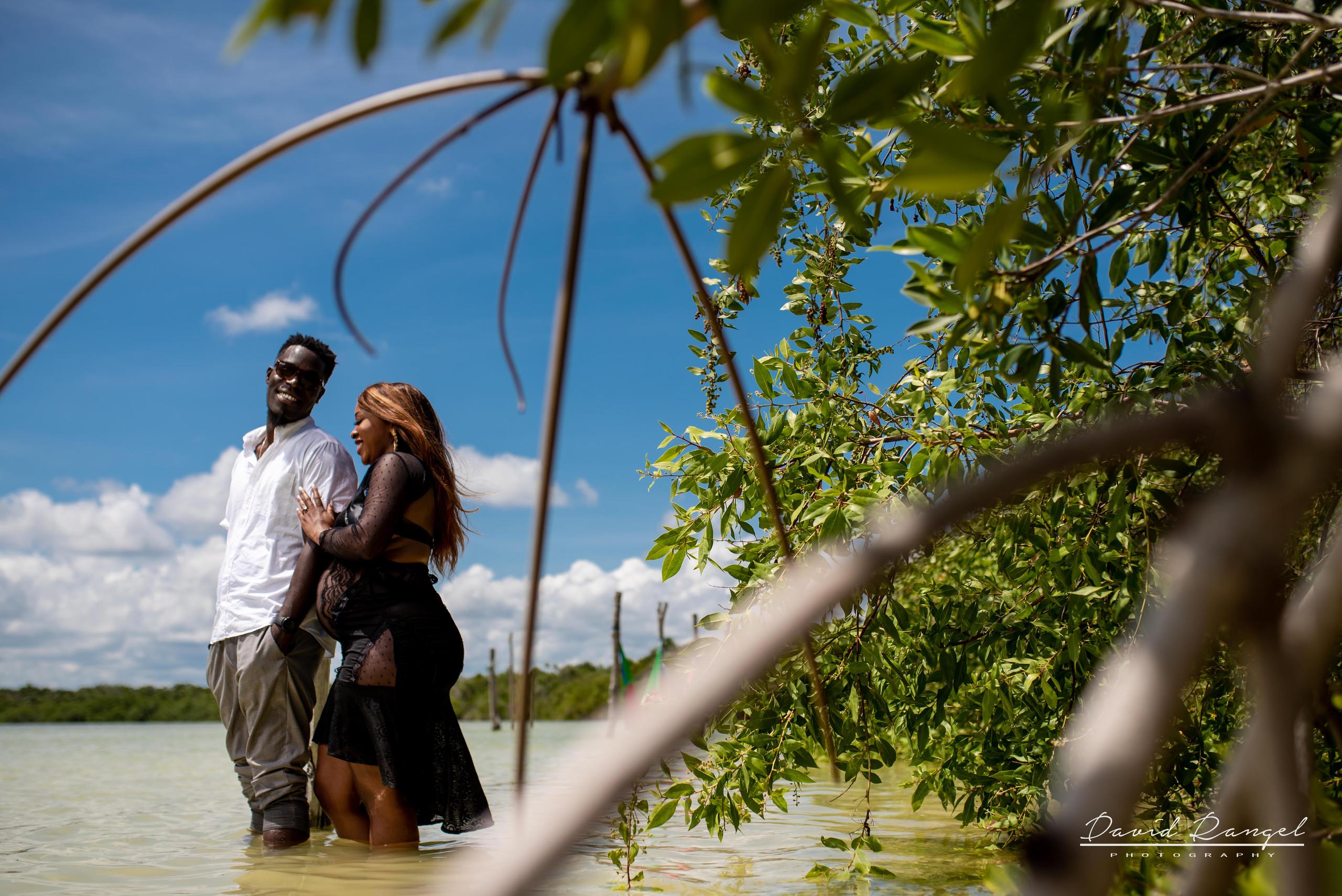 maternity+pregnancy+photo+session+photographer+photography+laguna+kaan+luum+tulum+riviera+maya+destination+photosession+nature+heart+pier+trees+woman+girl+momtobe+love+father+union+couple+candyshot+candy