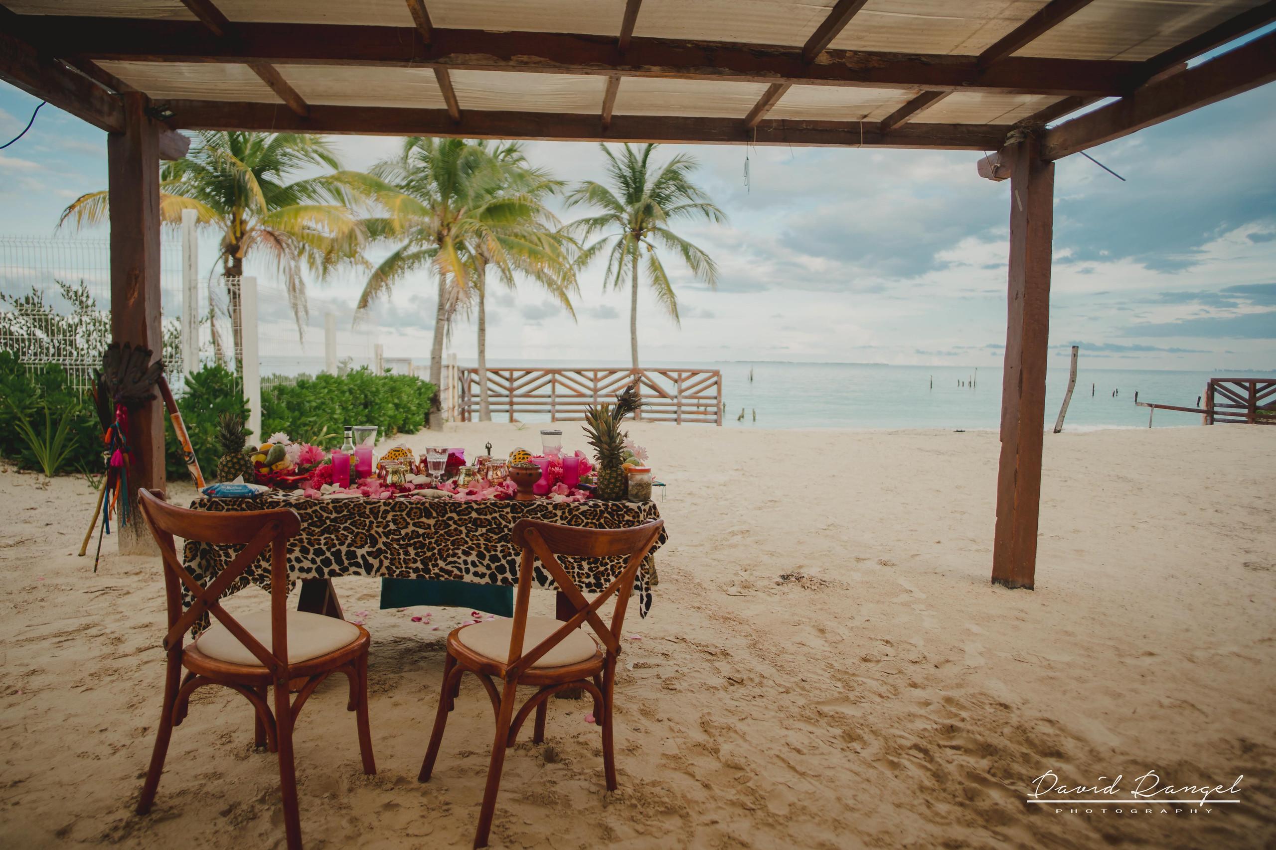wedding+ceremony+gazebo+beach+traditional+mayan+sand
