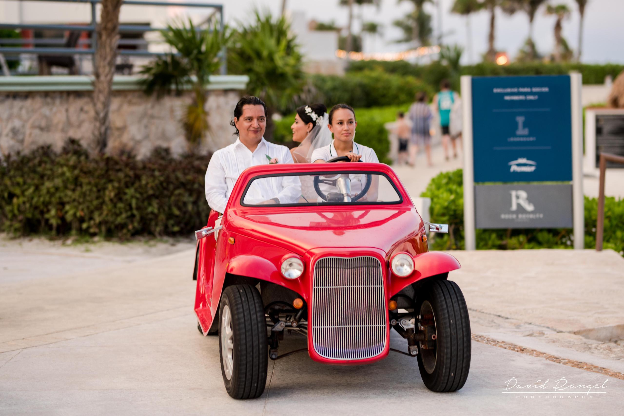 bride+brother+wedding+car