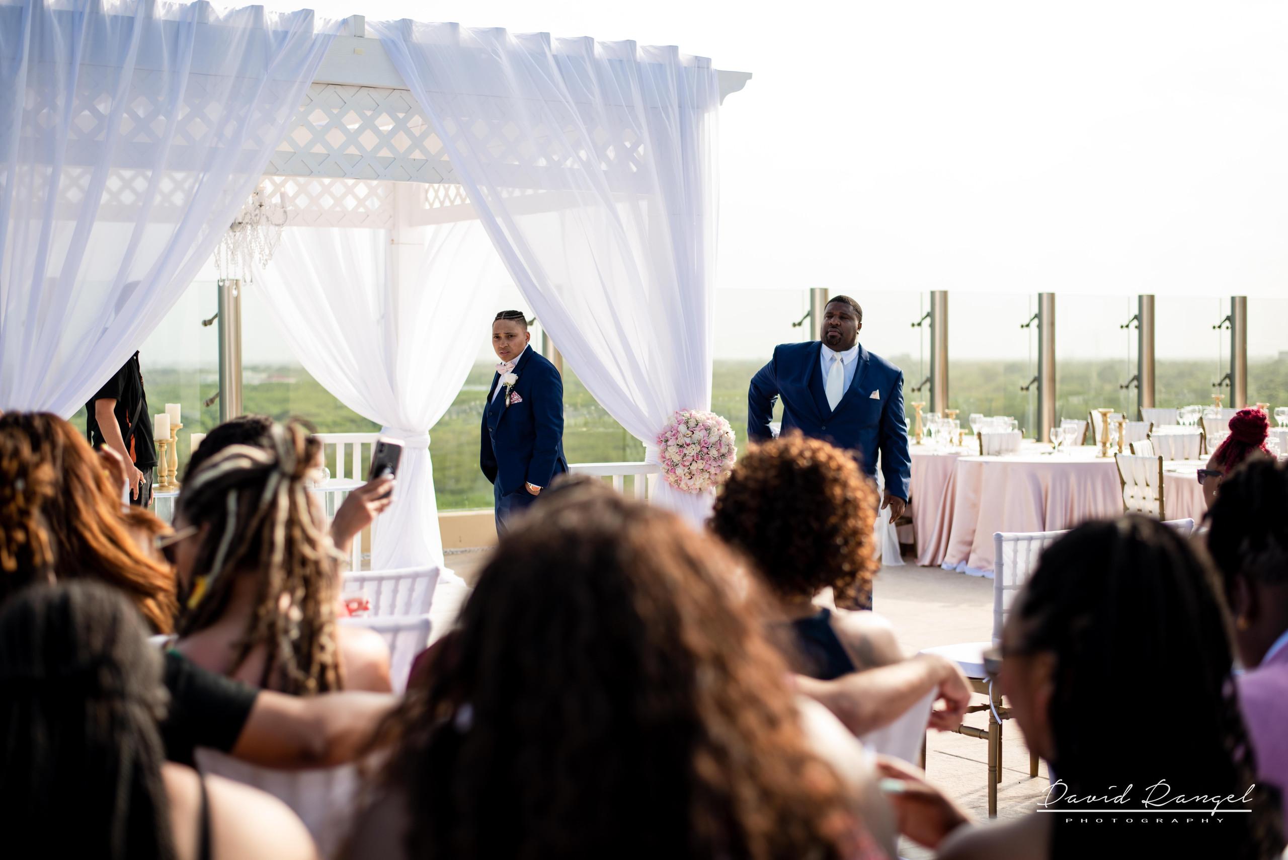 wedding+ceremony+guest