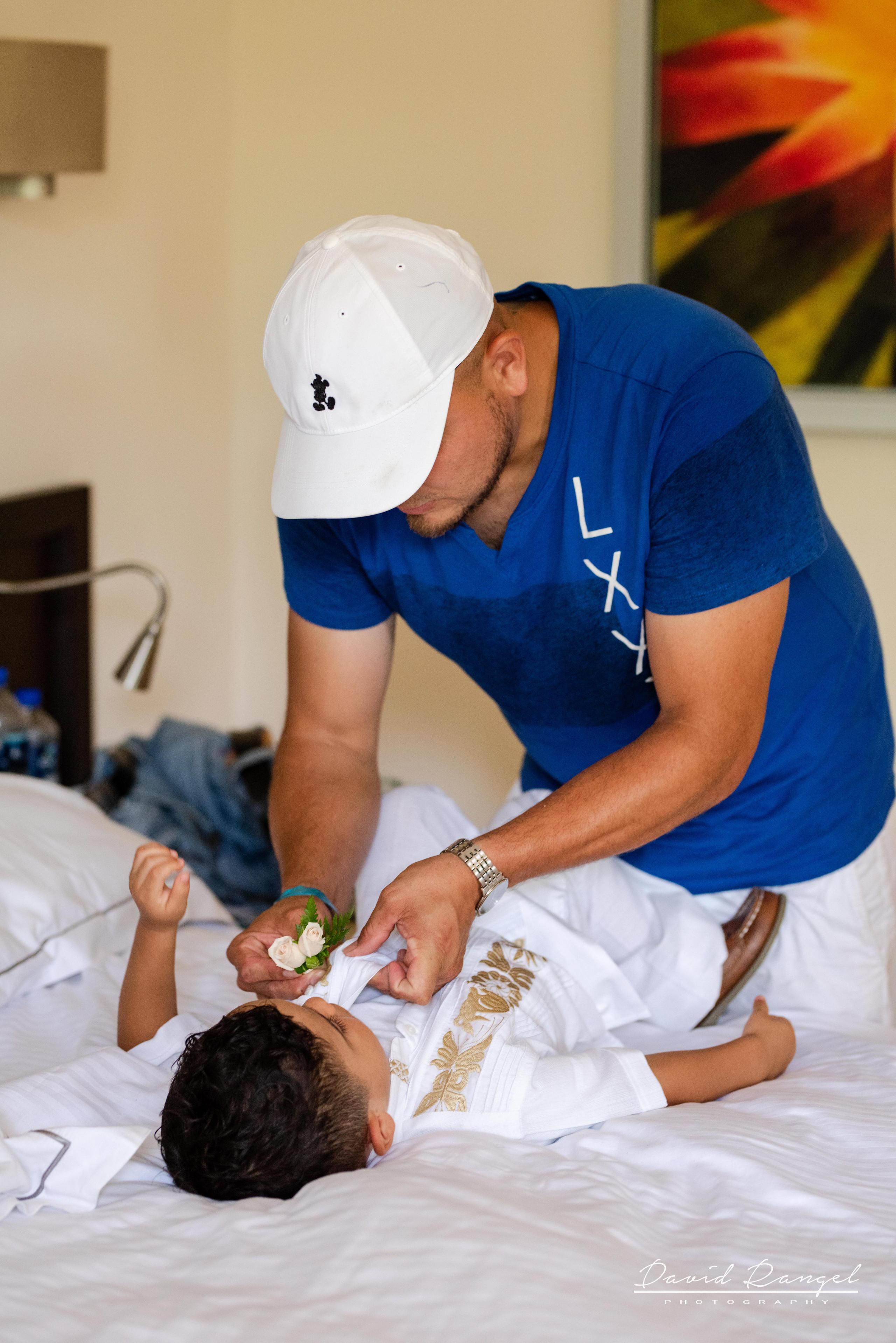 getting+ready+groom+room+photo+riviera+maya+son