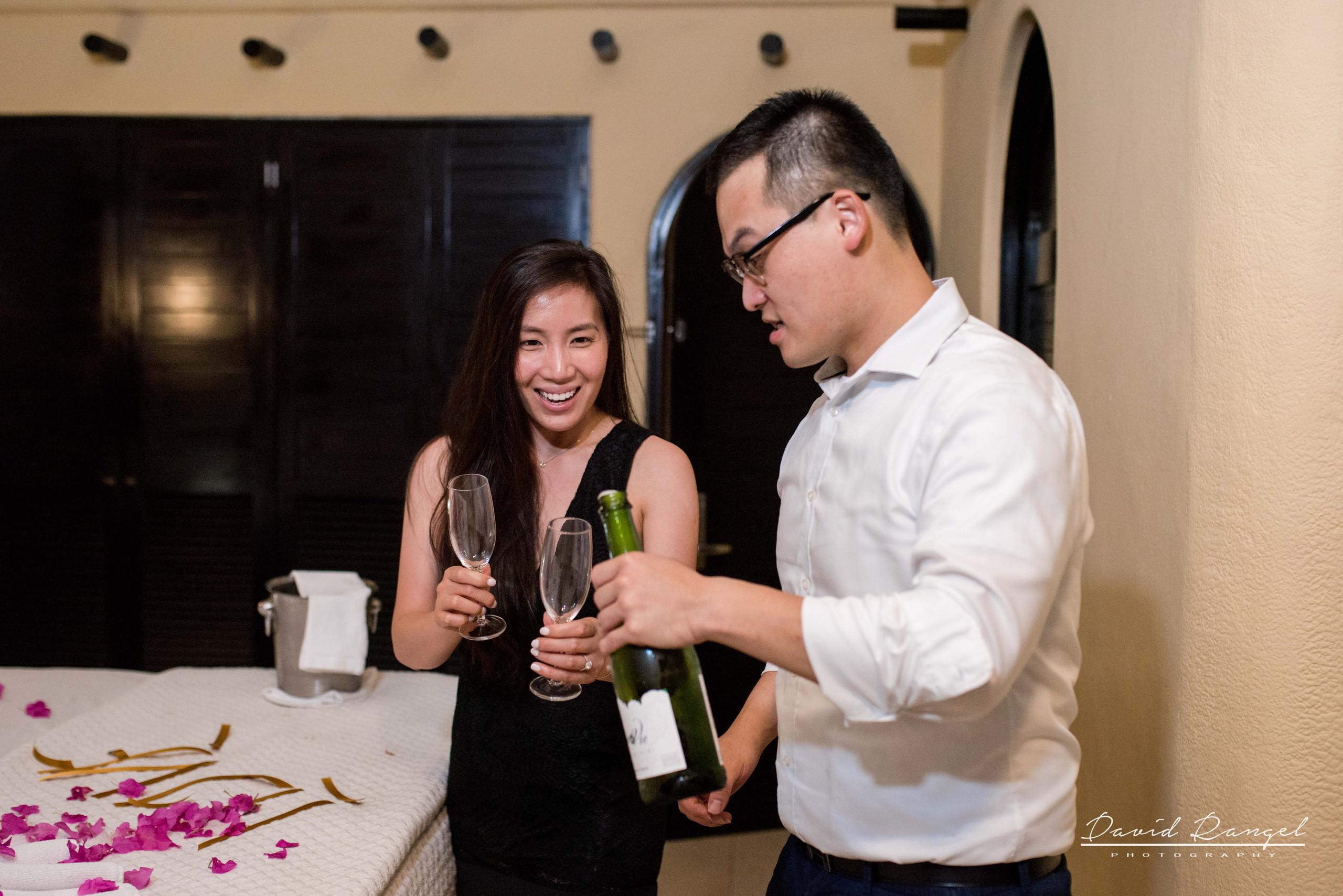 engagement+session+marriage+proposal+couple+night+photo+dorado+casitas+playa+del+carmen+photographer+destination+celebration+champagne