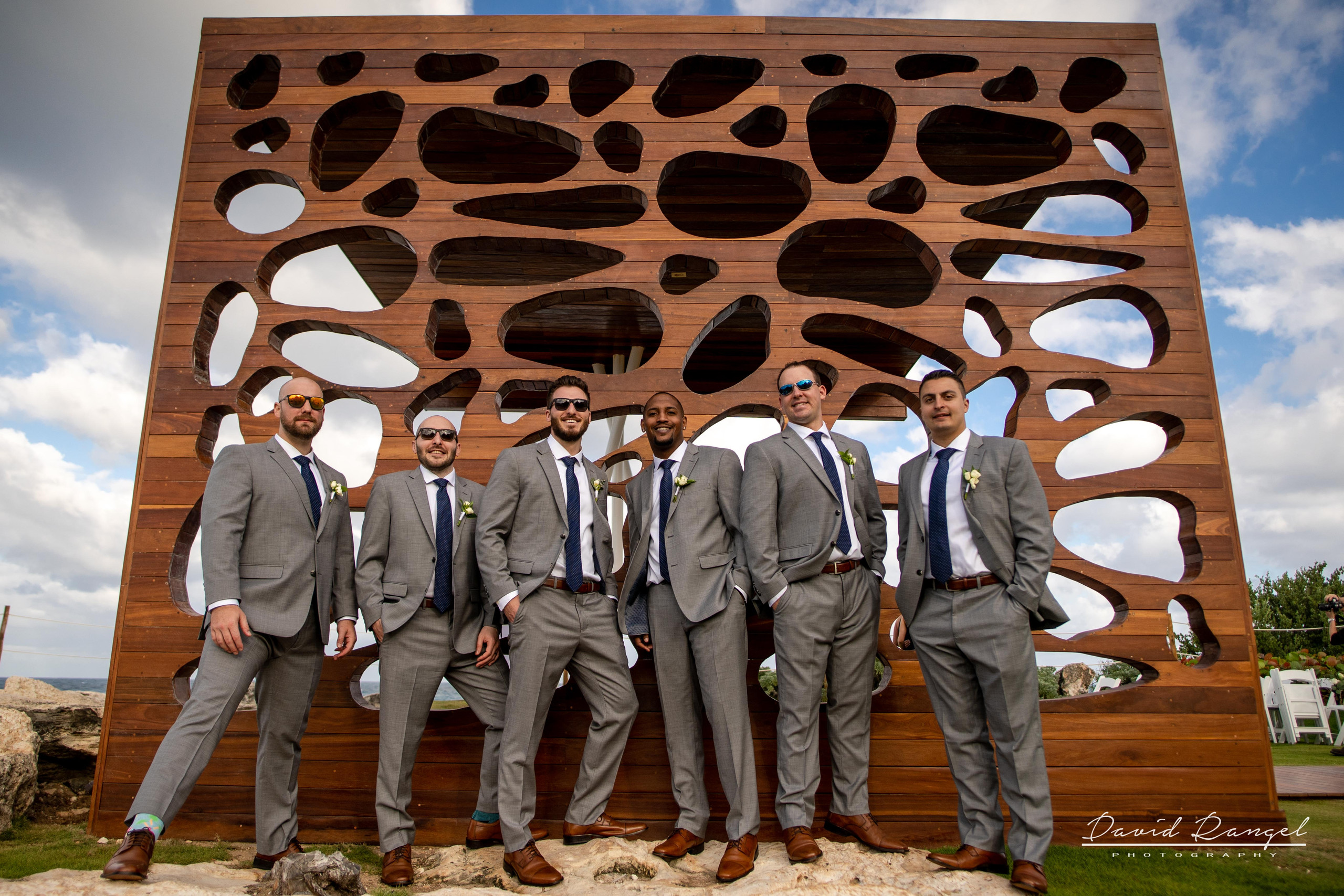 groomsmen+happy+suit+gazebo+photo