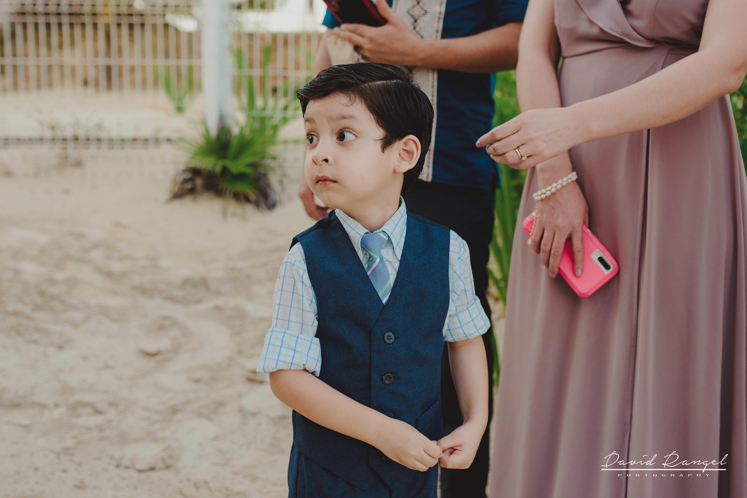 groom+bride+wedding+ceremony+dress+villa+chenera+isla+blanca+costa+mujeres+garden+beach+chaman+traditional+mayan+wedding+gazebo
