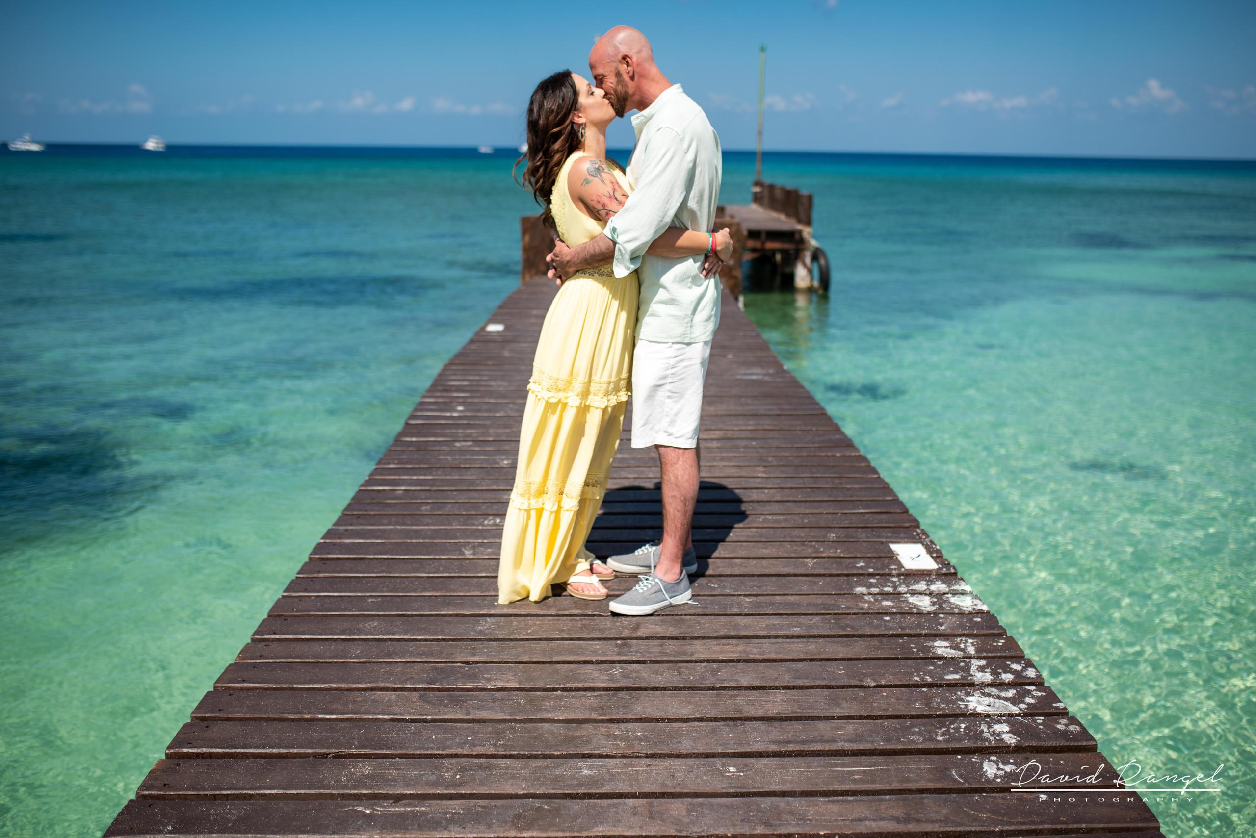 family+session+beach+cozumel+island+photo+destination+photographer+kids+couple+water+pier