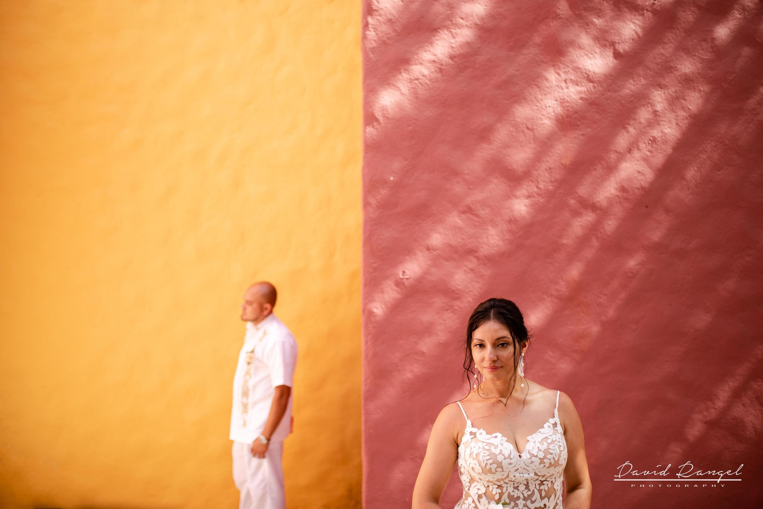 colors+couple+wedding+bride+groom+hacienda