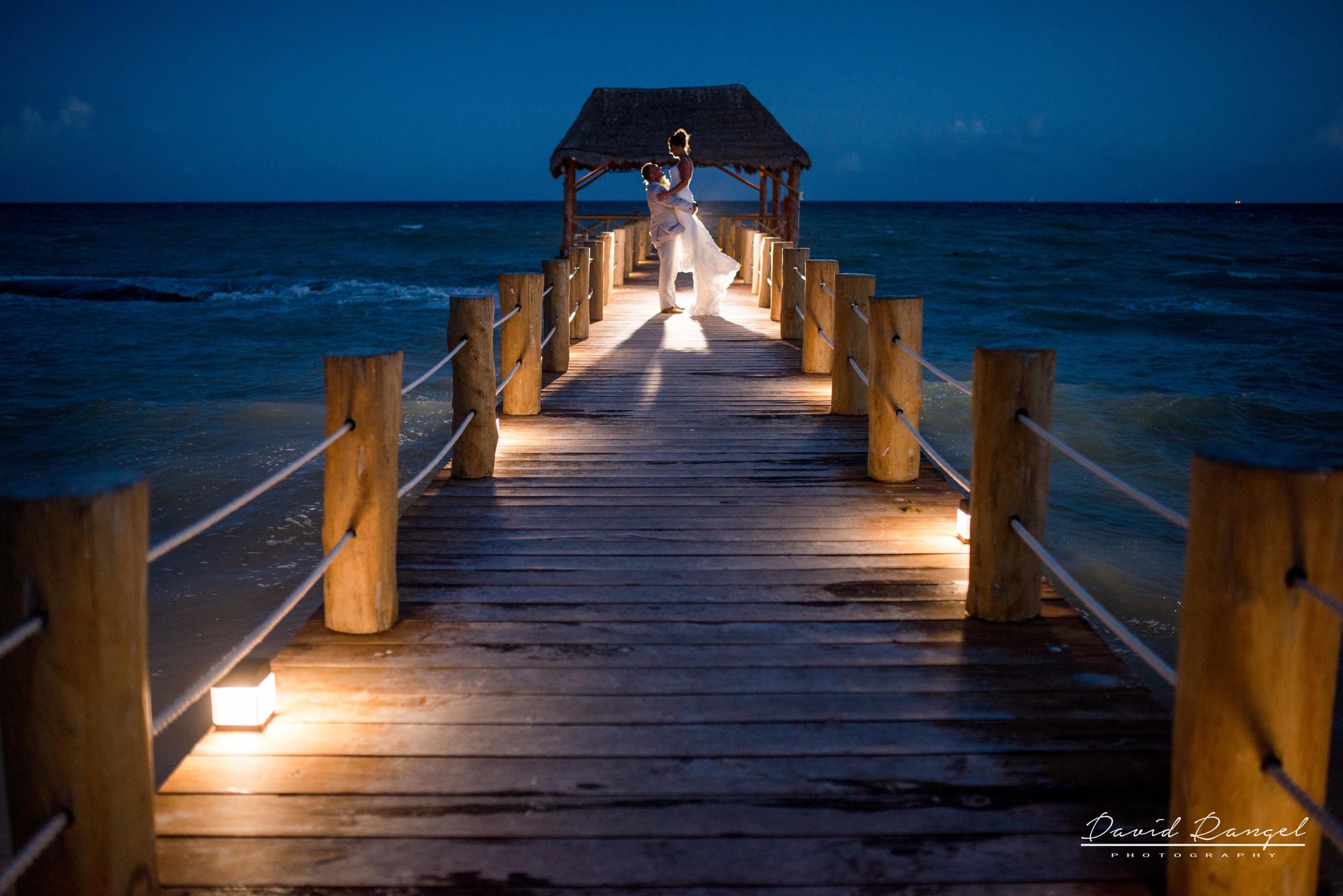 wedding+back+light