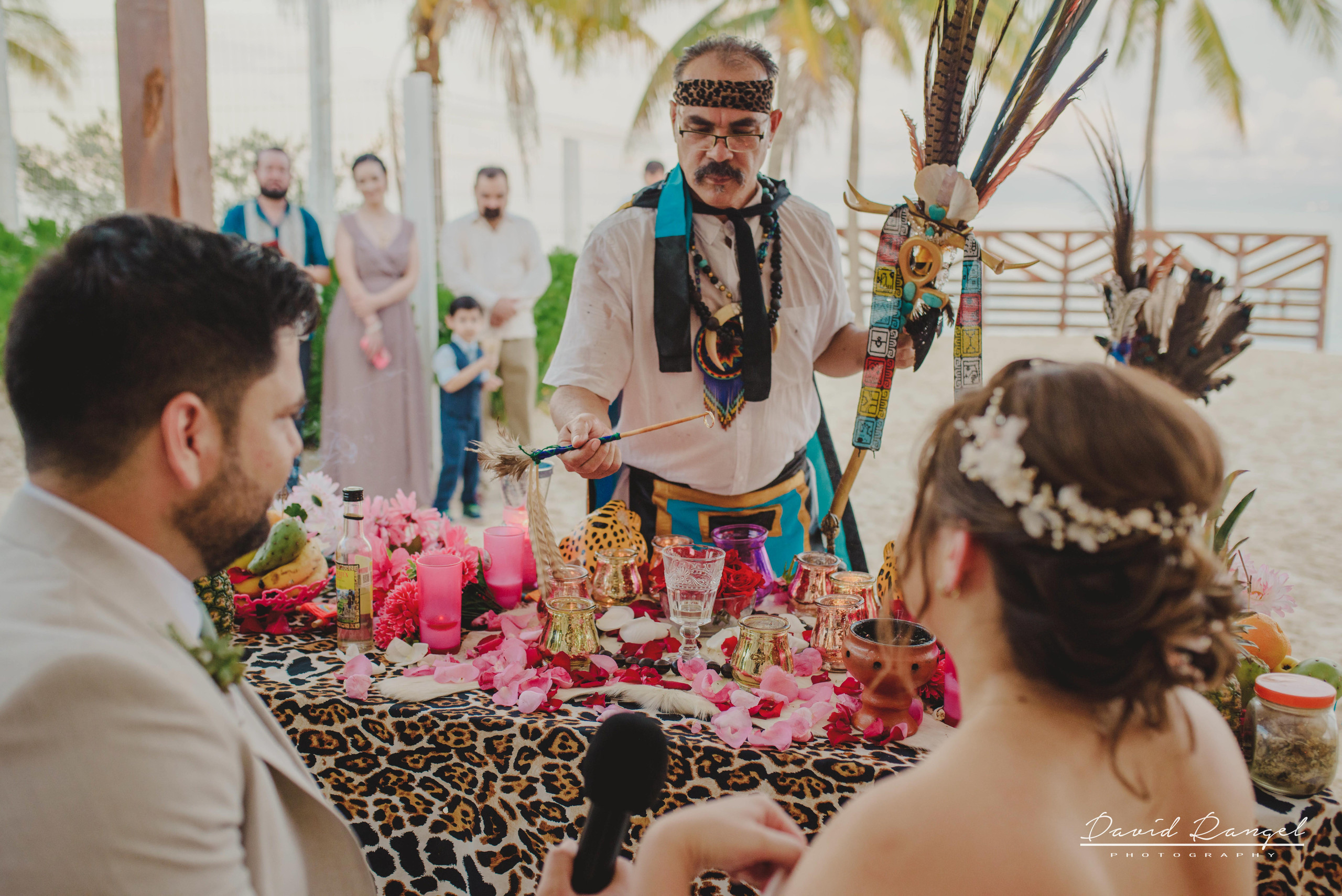 groom+bride+wedding+ceremony+dress+villa+chenera+isla+blanca+costa+mujeres+garden+beach+chaman+traditional+mayan+wedding+gazebo+ring