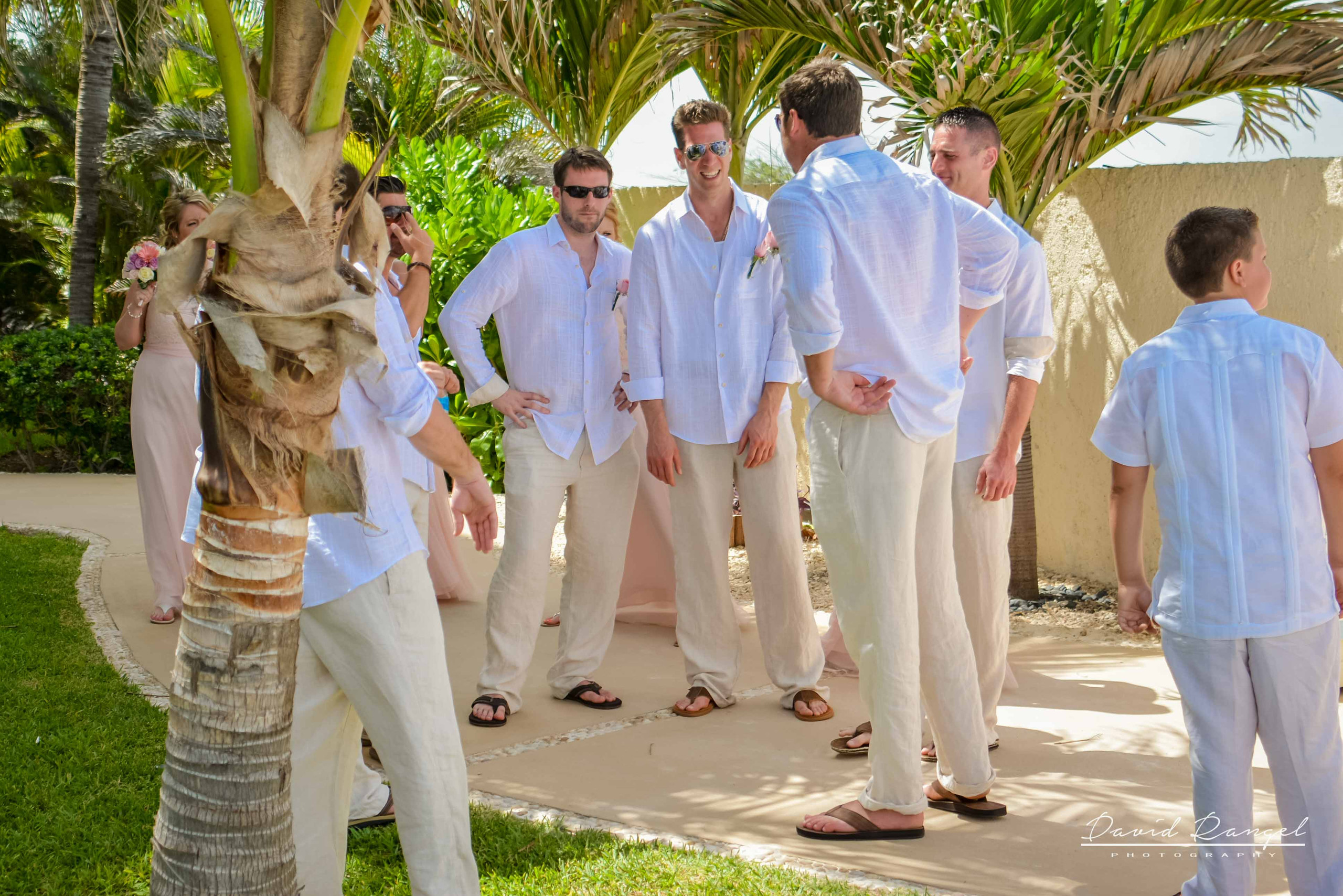 grooms+men