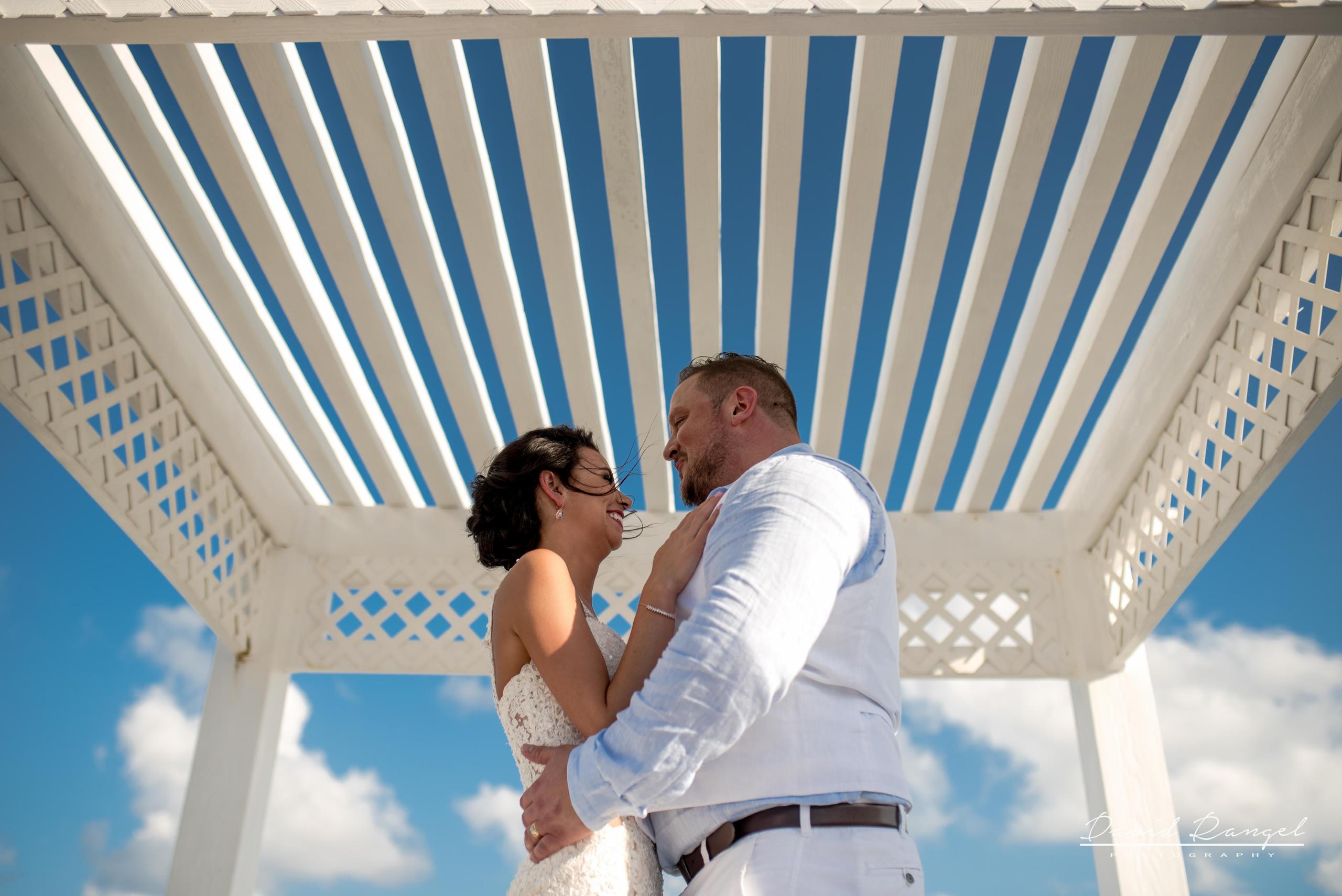 sky+deck+wedding+couple+photo+bride+groom+gazebo