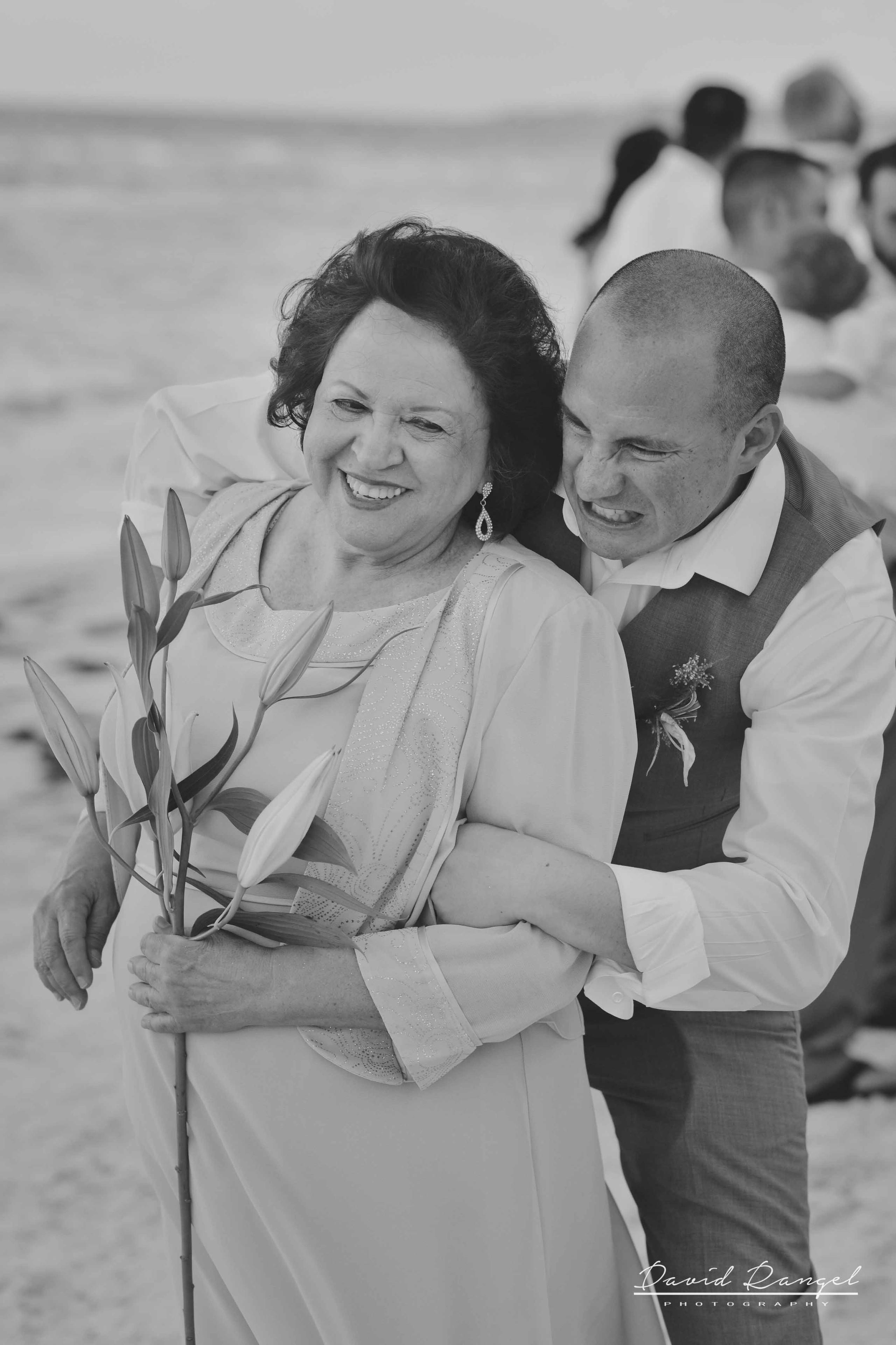 grooms+mother