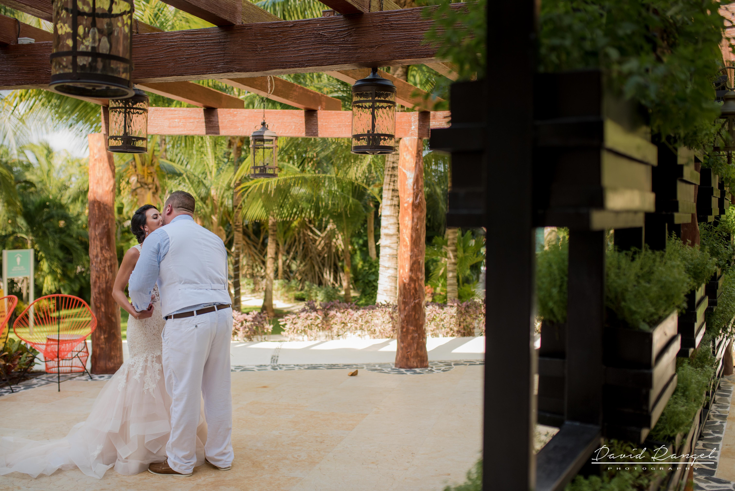 firstlook+bride+groom+to+be+couple+kiss