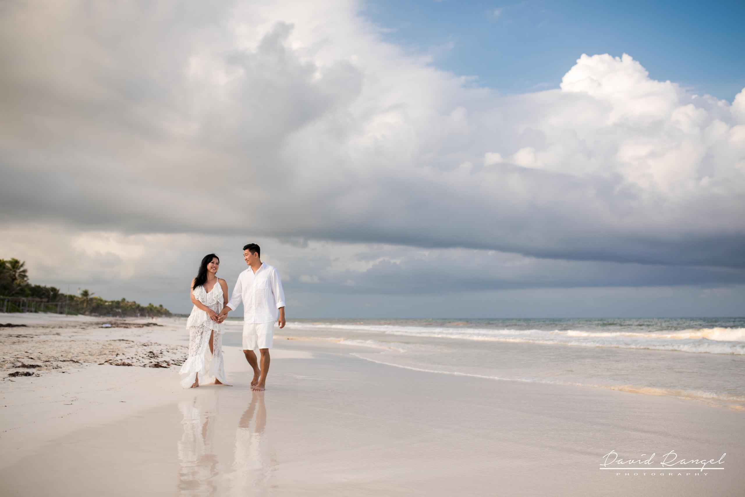 engagement+session+photo+picture+beach+caribe+tulum+love+romantic+happy+hotel+sanara+sunset+professional+photographer