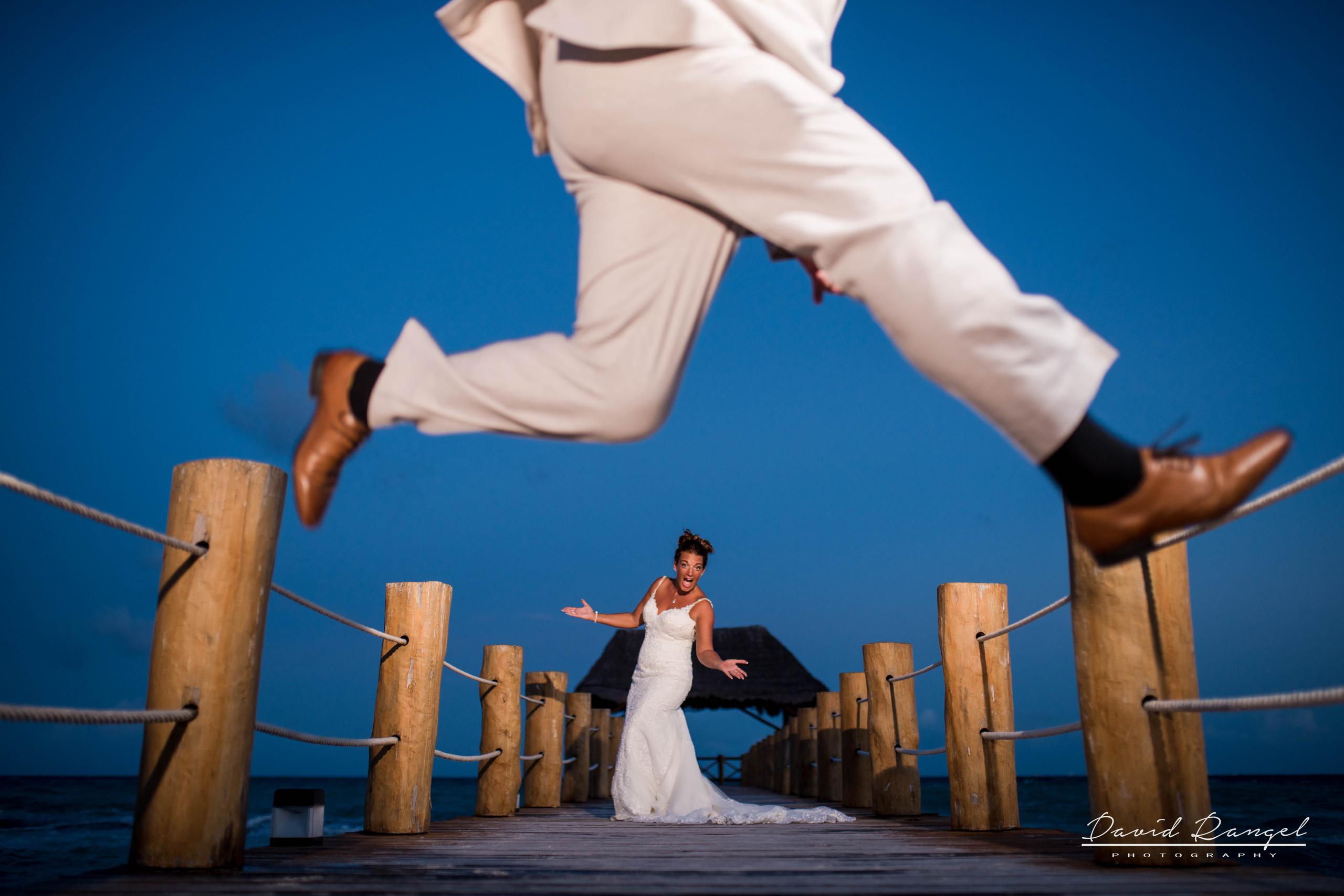 bride+groom+jumping