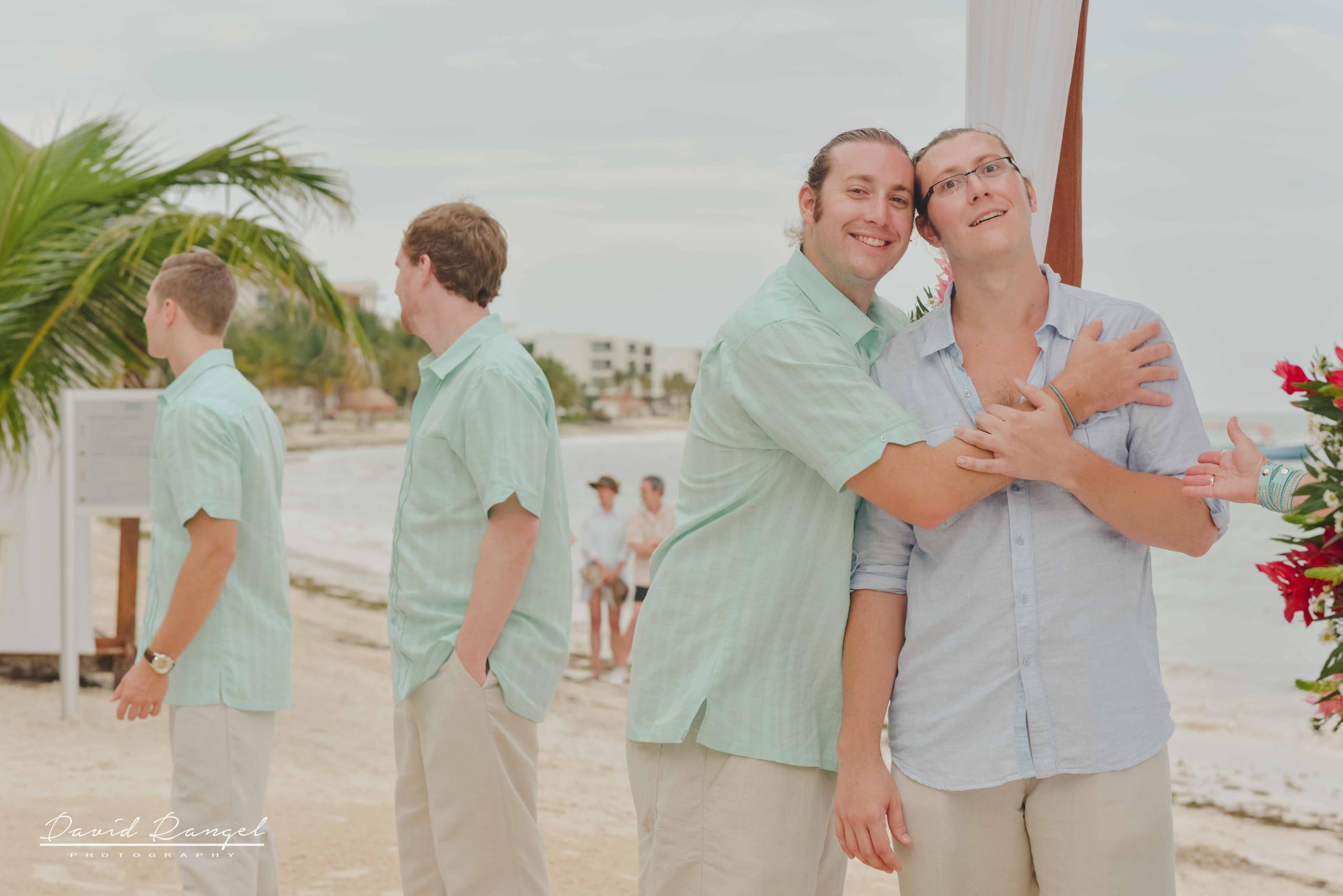groom+brother