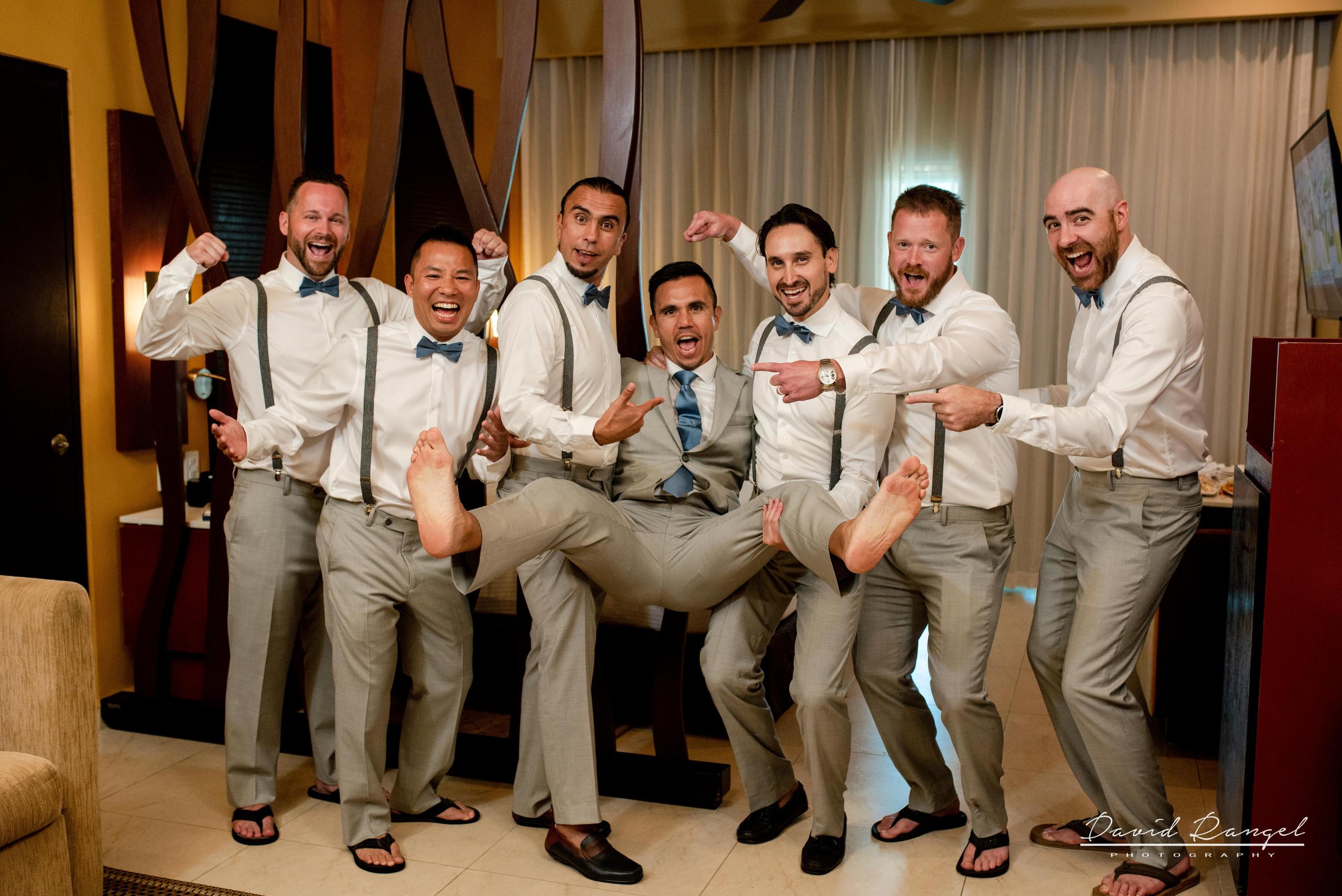 grooms+crue+getting+ready+photo