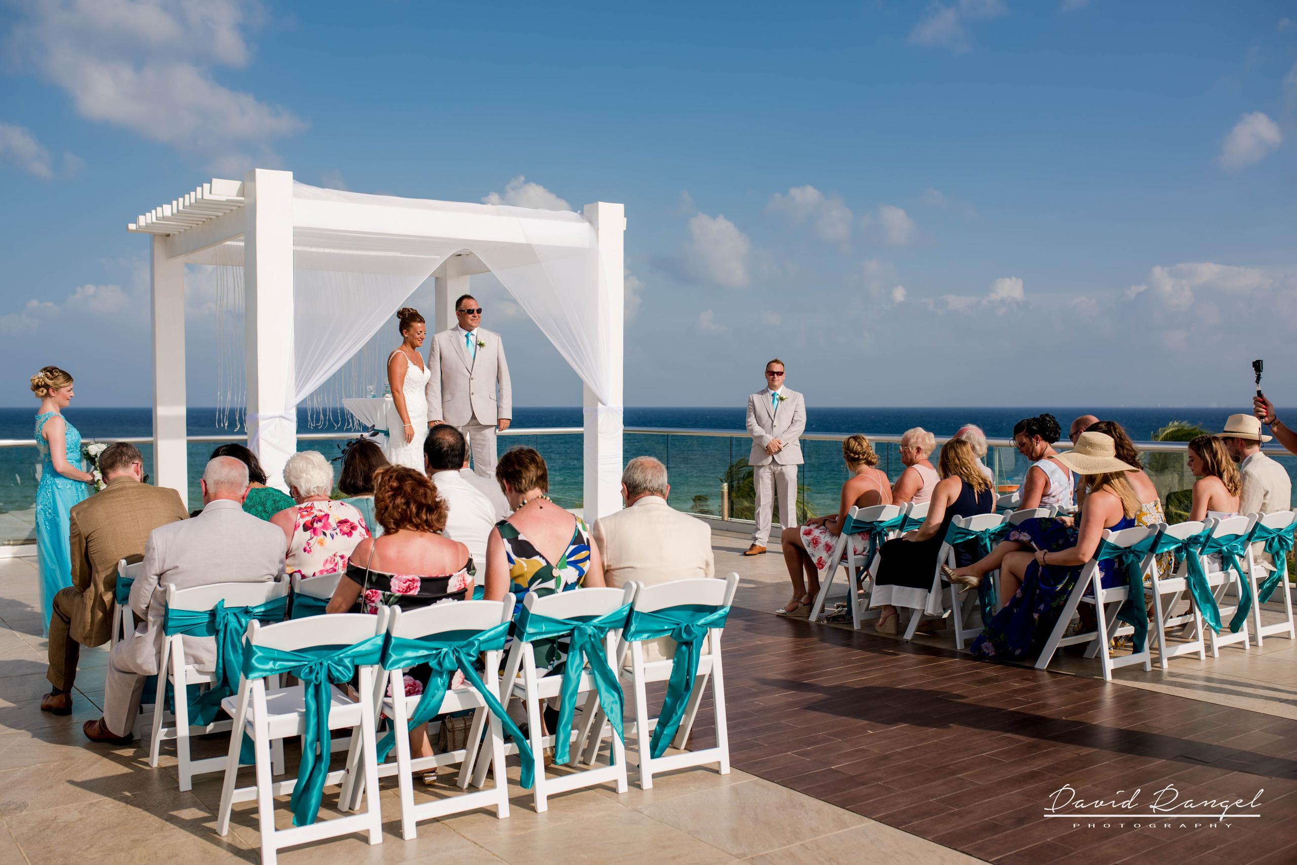 wedding+ceremony+sky+terrace+destination+photographer