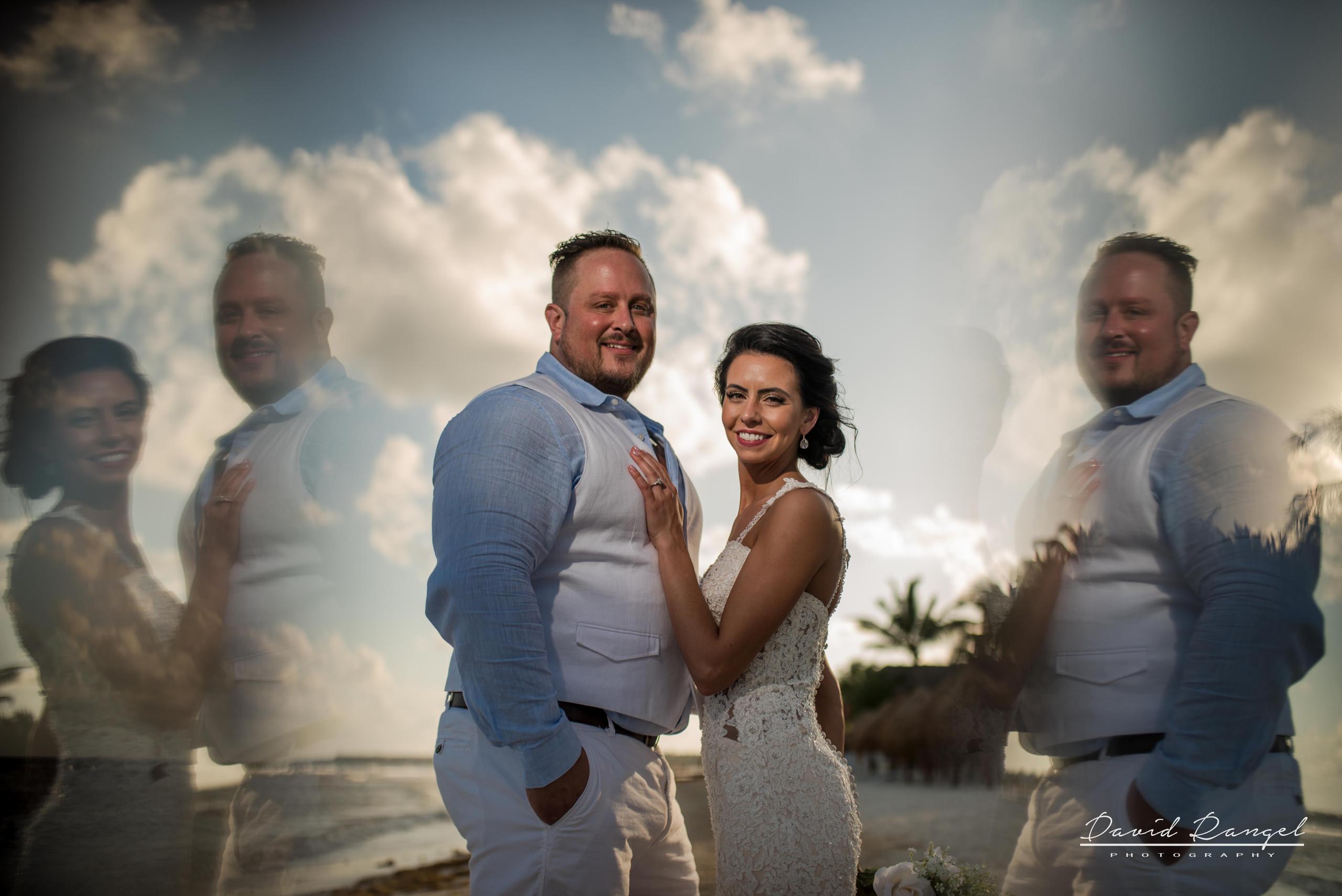 wedding+photo+bride+groom+bouquet+session+happy+reflection