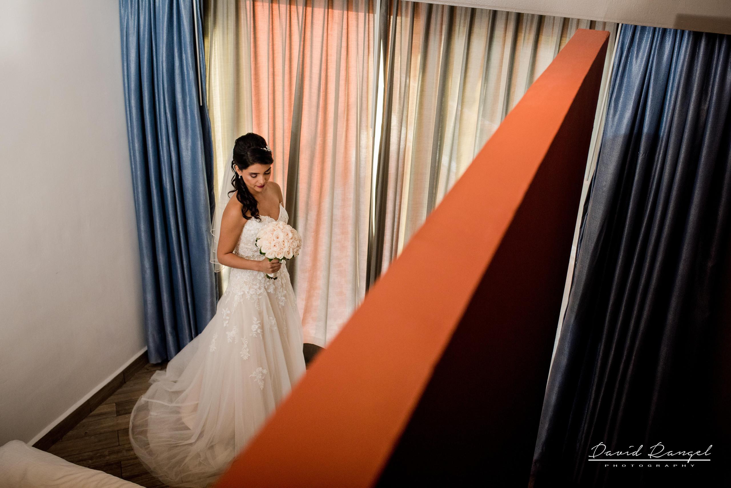 bride+geometri+destination+wedding+photo+picture