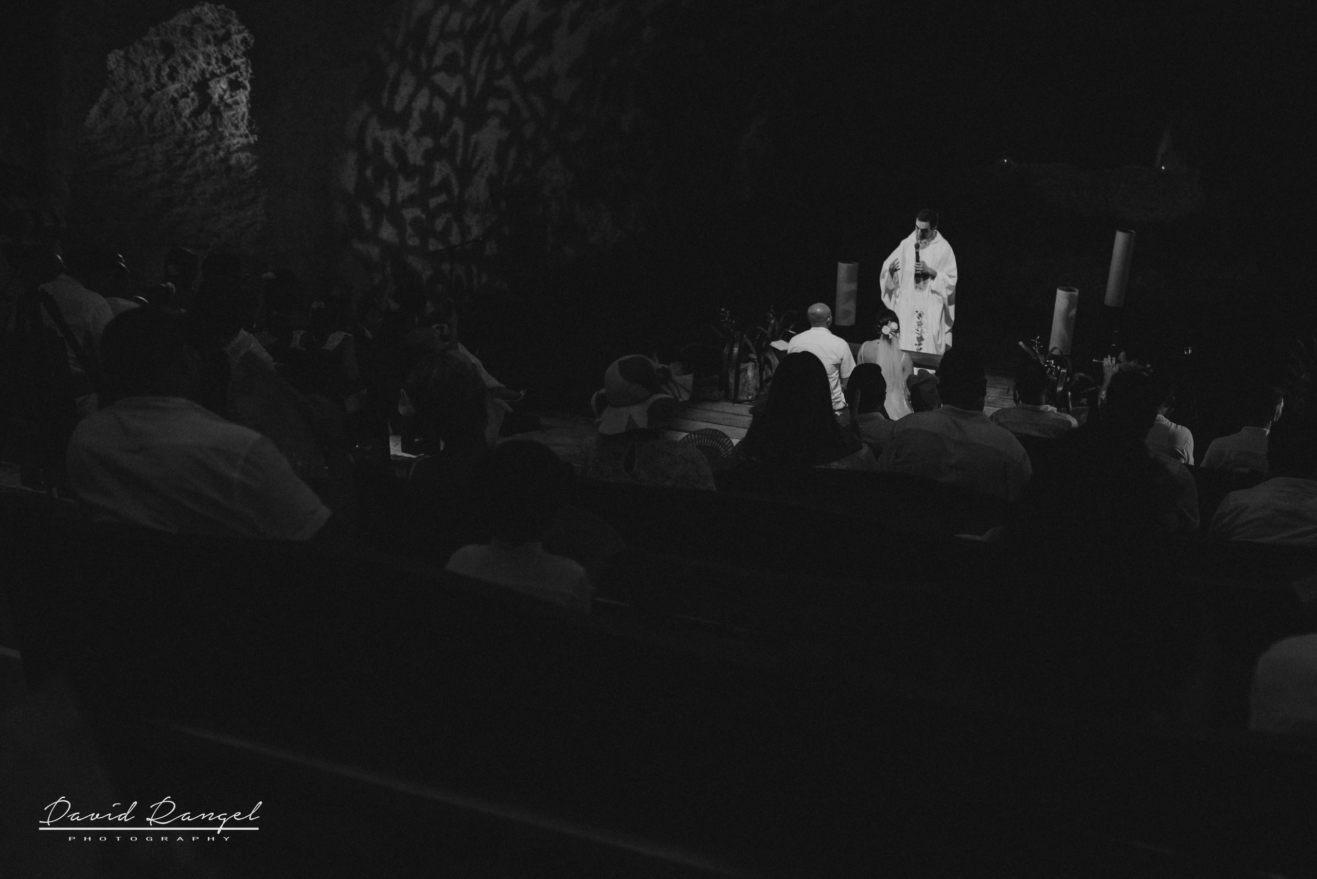 bride+groom+ceremony+minister+padre+misa+vows+cenote+wedding+panoramic+photo