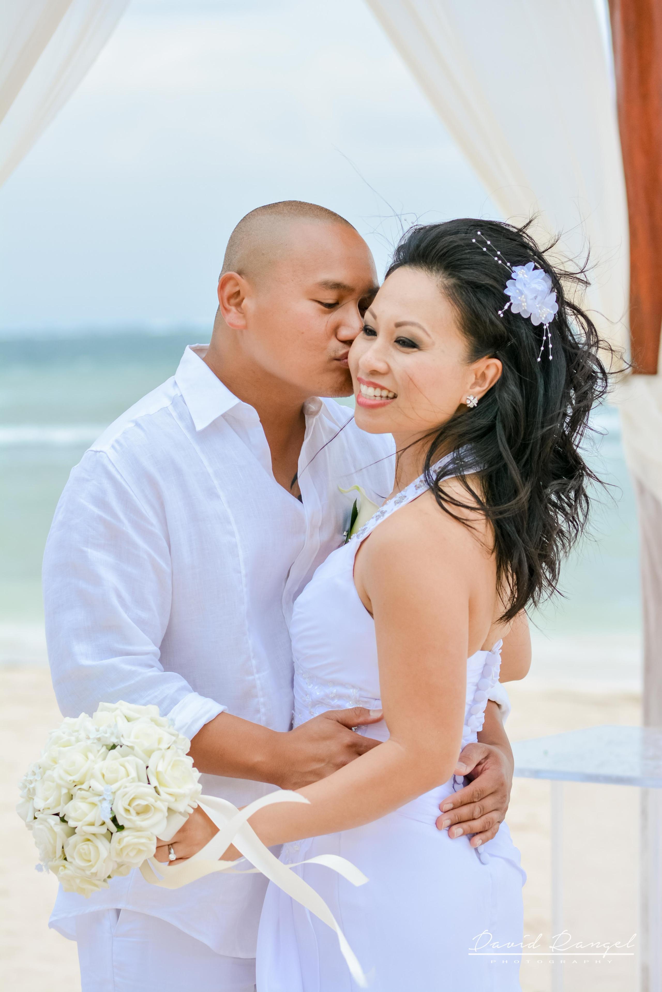 wedding+kiss