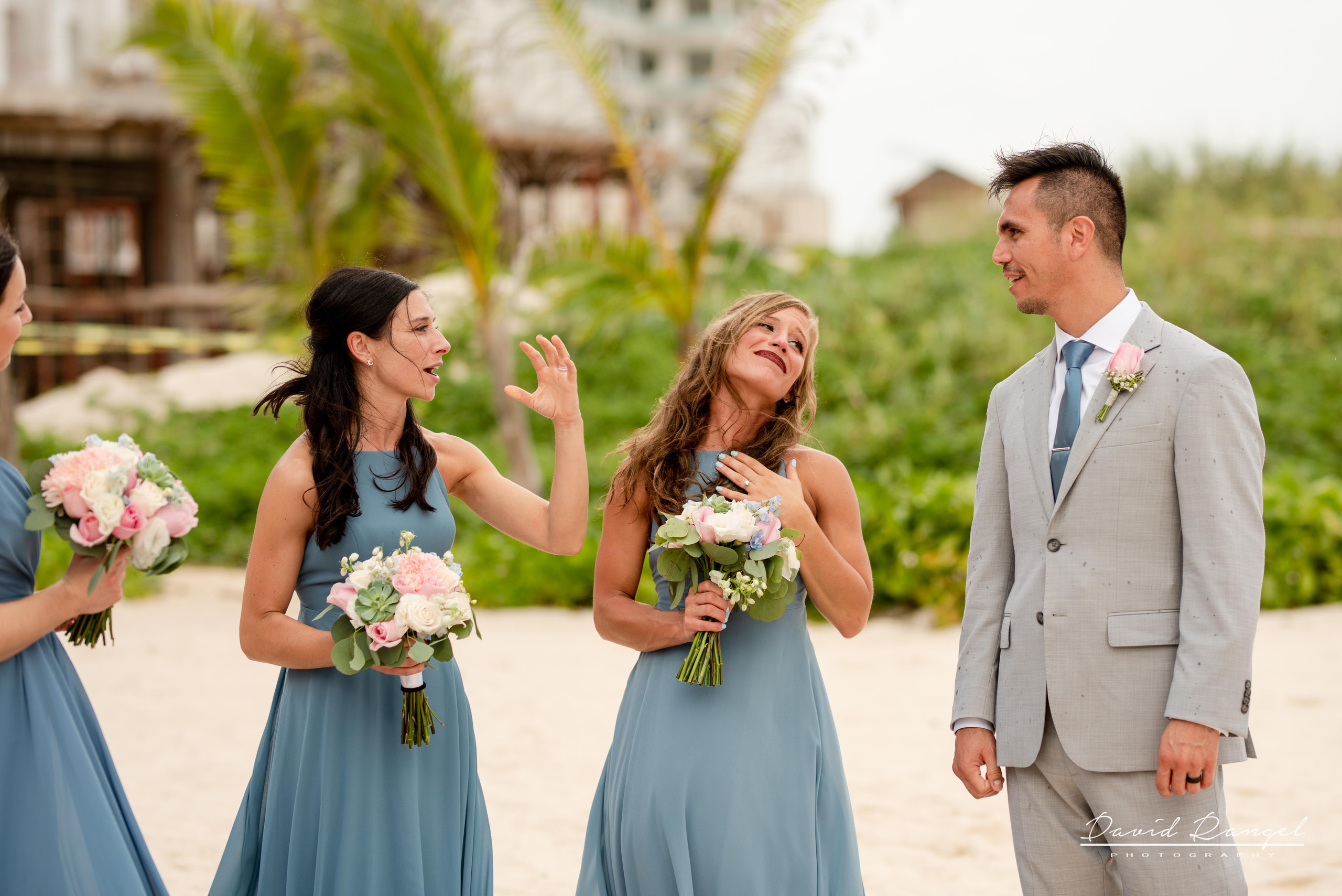 groom+bridesmaids