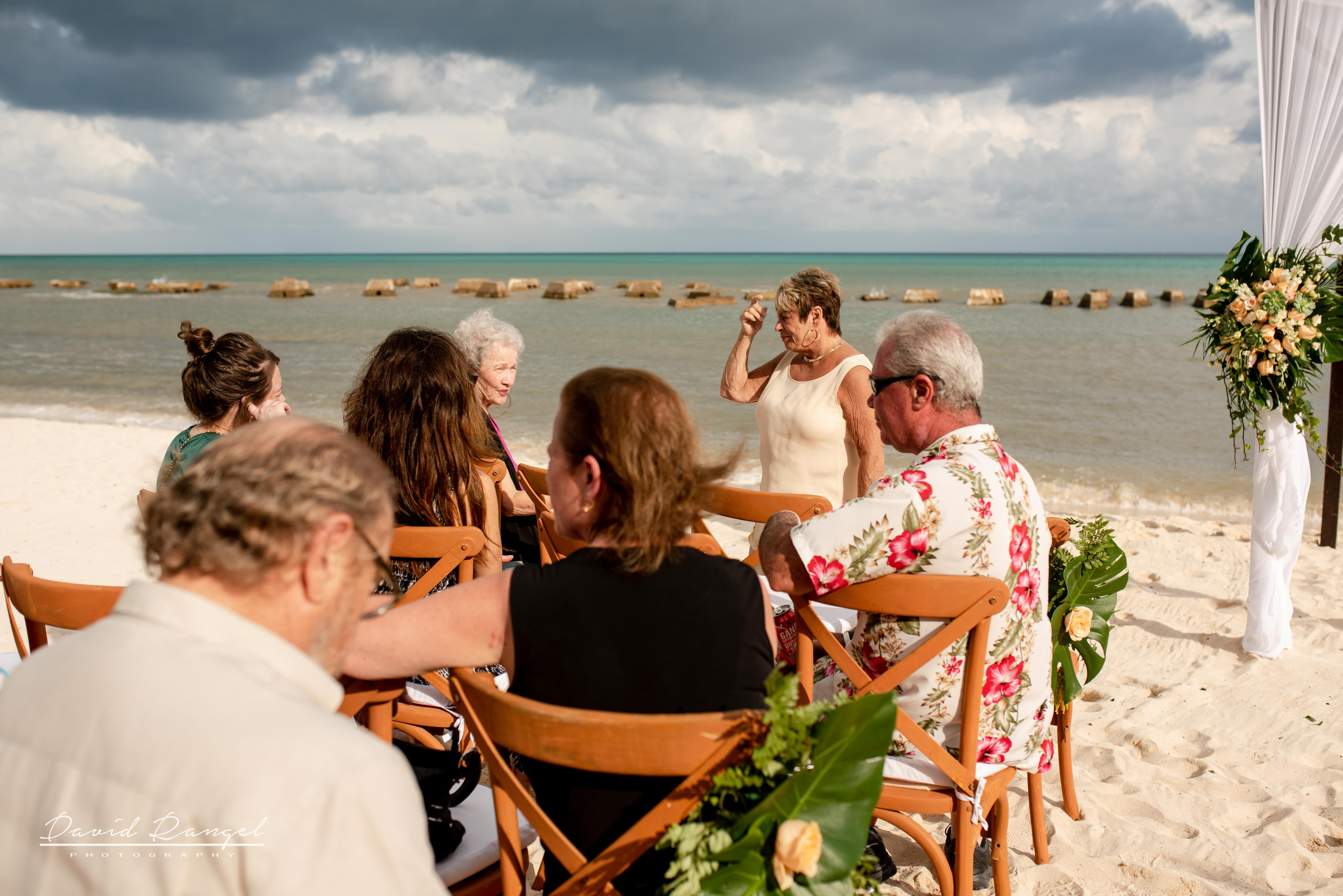 wedding+guest+beach