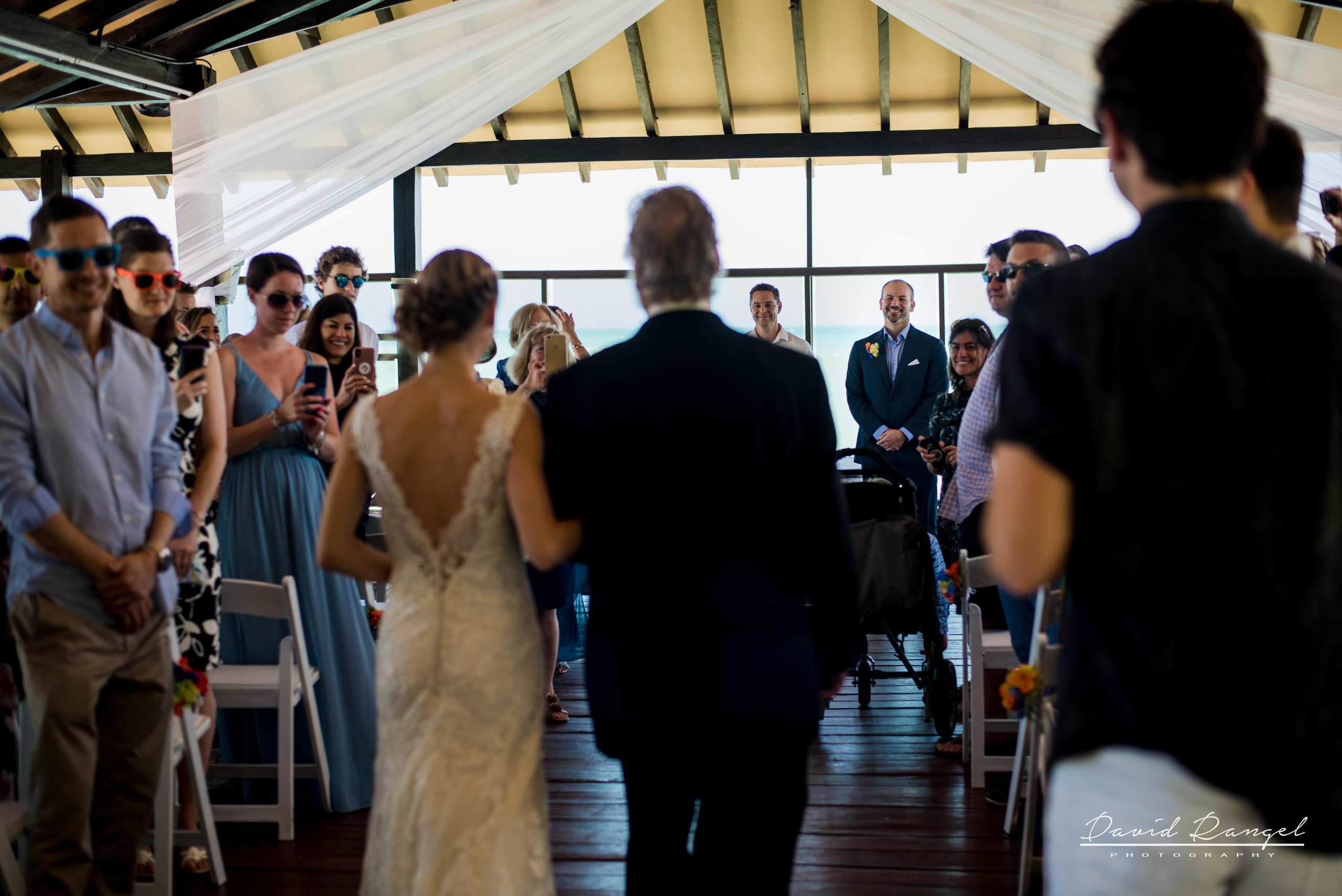 bride+father+aisle