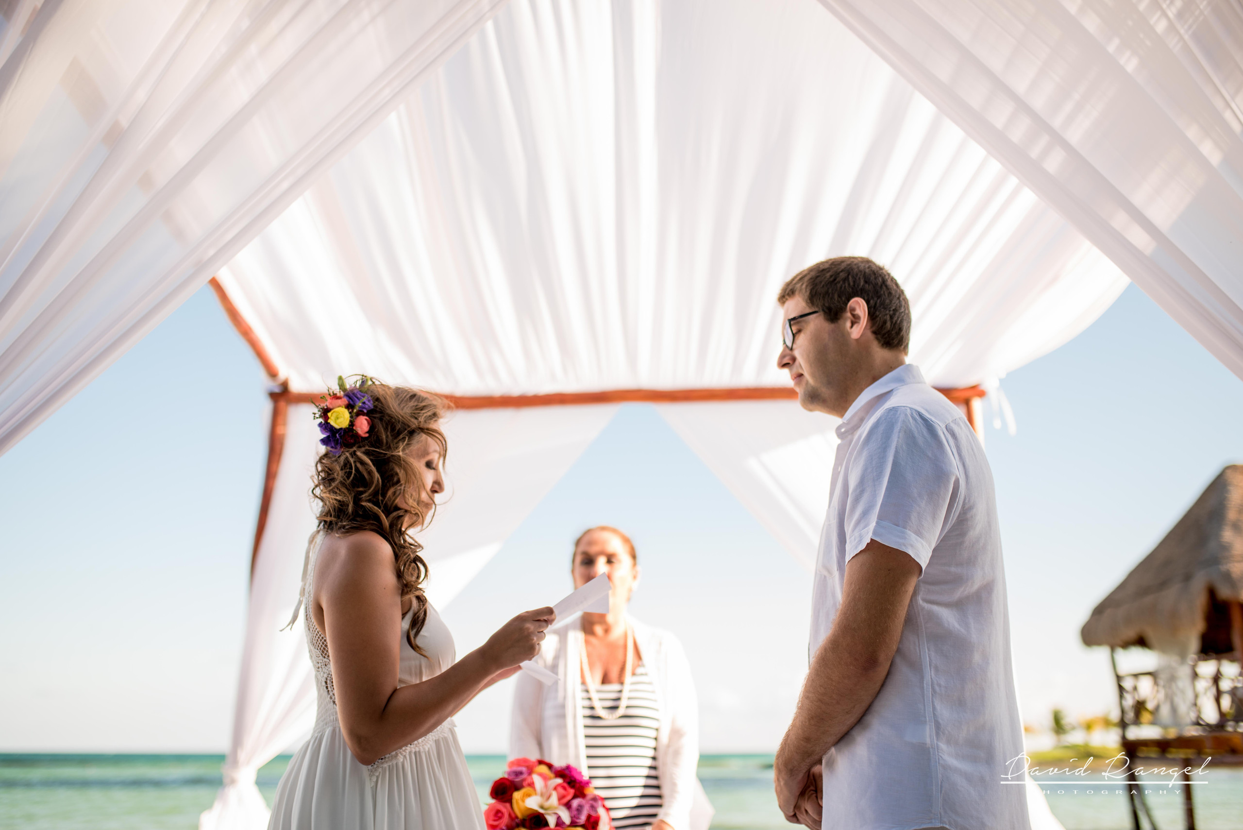 bride+groom+beach+dorado+maroma