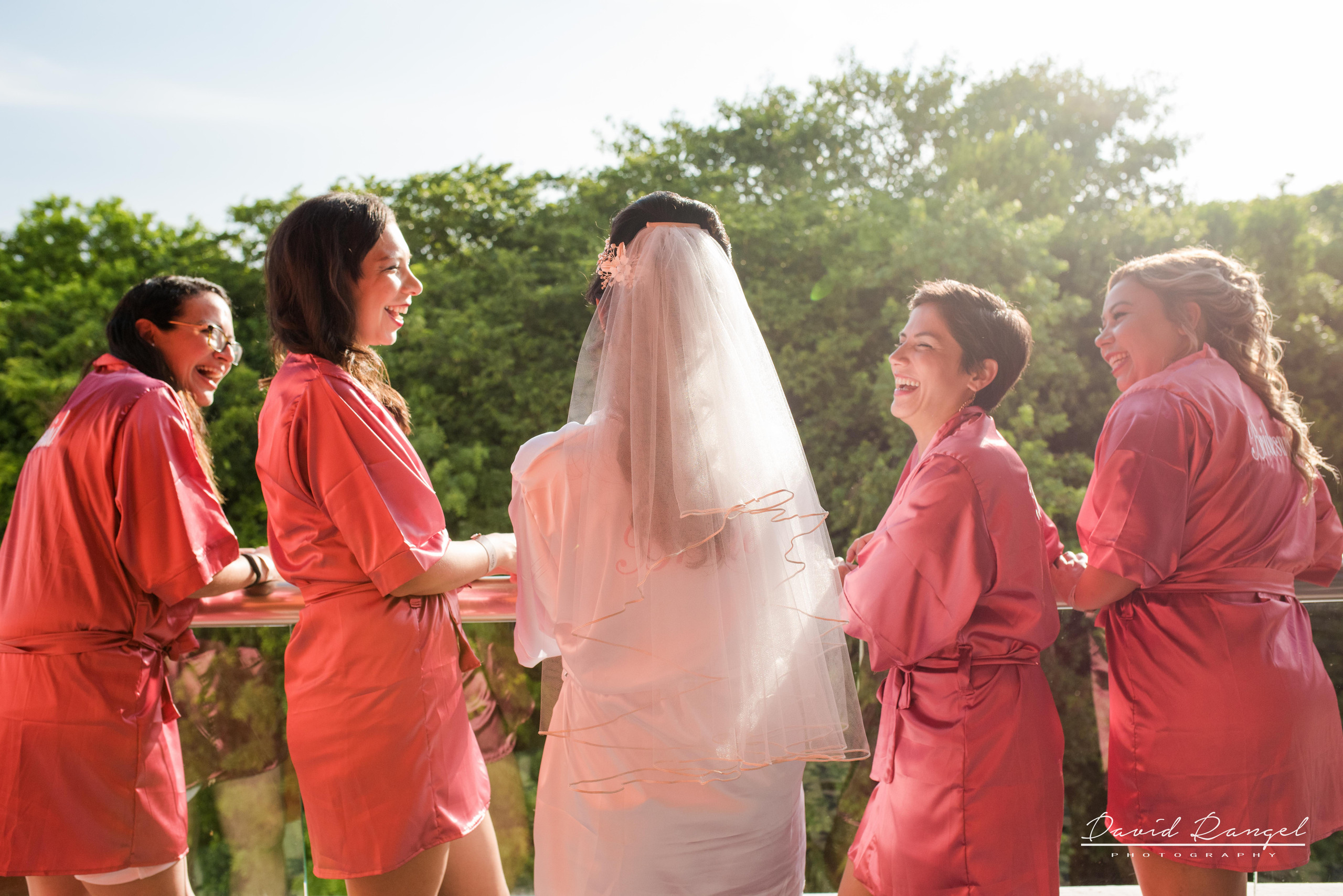 brides+maids+hard+rock