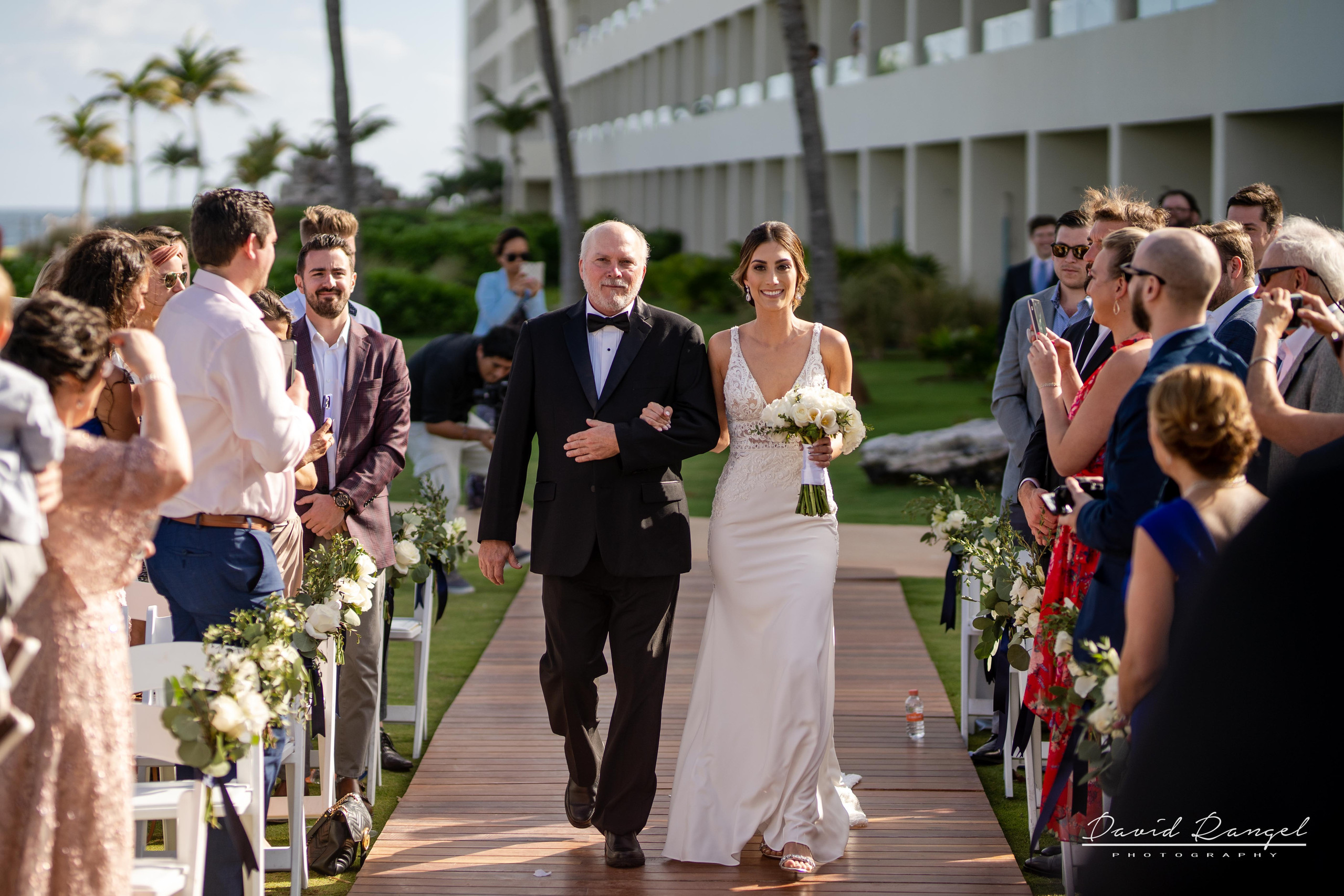 bride+walking+aisle+gazebo+lighthouse+father+guest