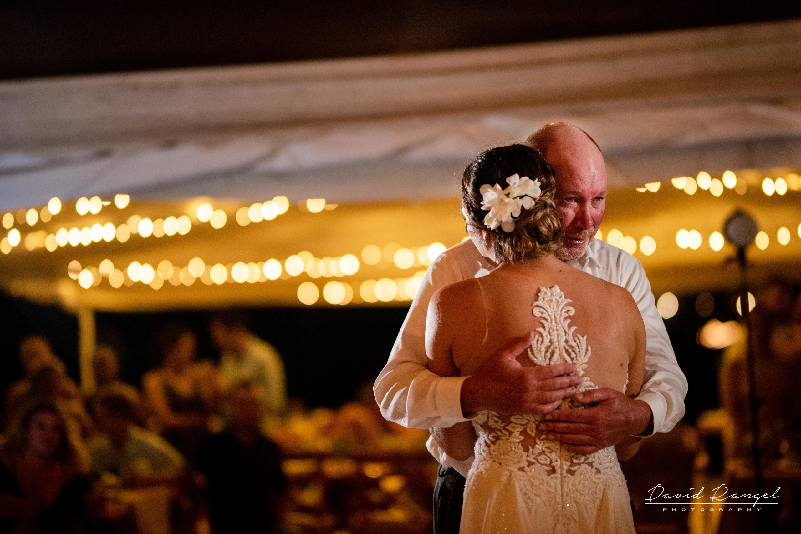 Beach+photo+session+couple+love+hugh+bride+groom+first+dance+father