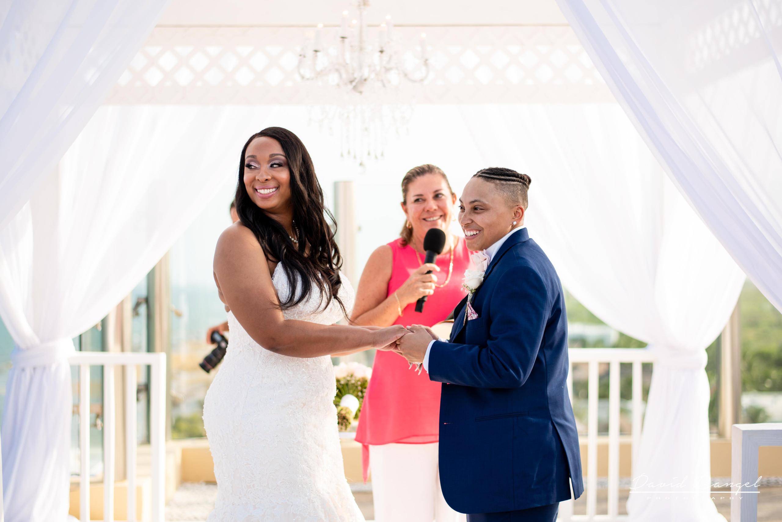 happy+marriage+girls+wedding+smile