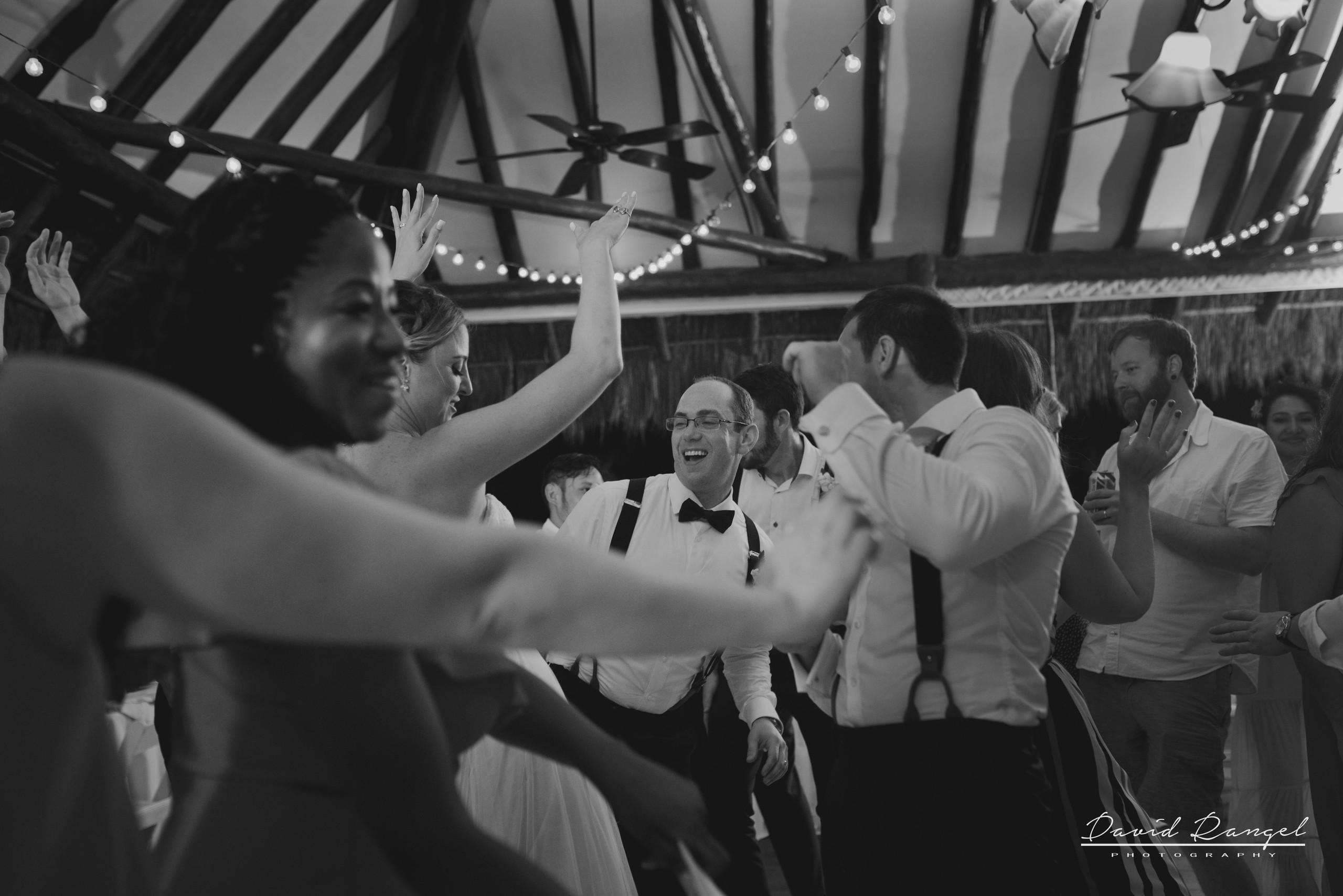 groom+bride+dance+bridesmaids+happy+funny+best+friends
