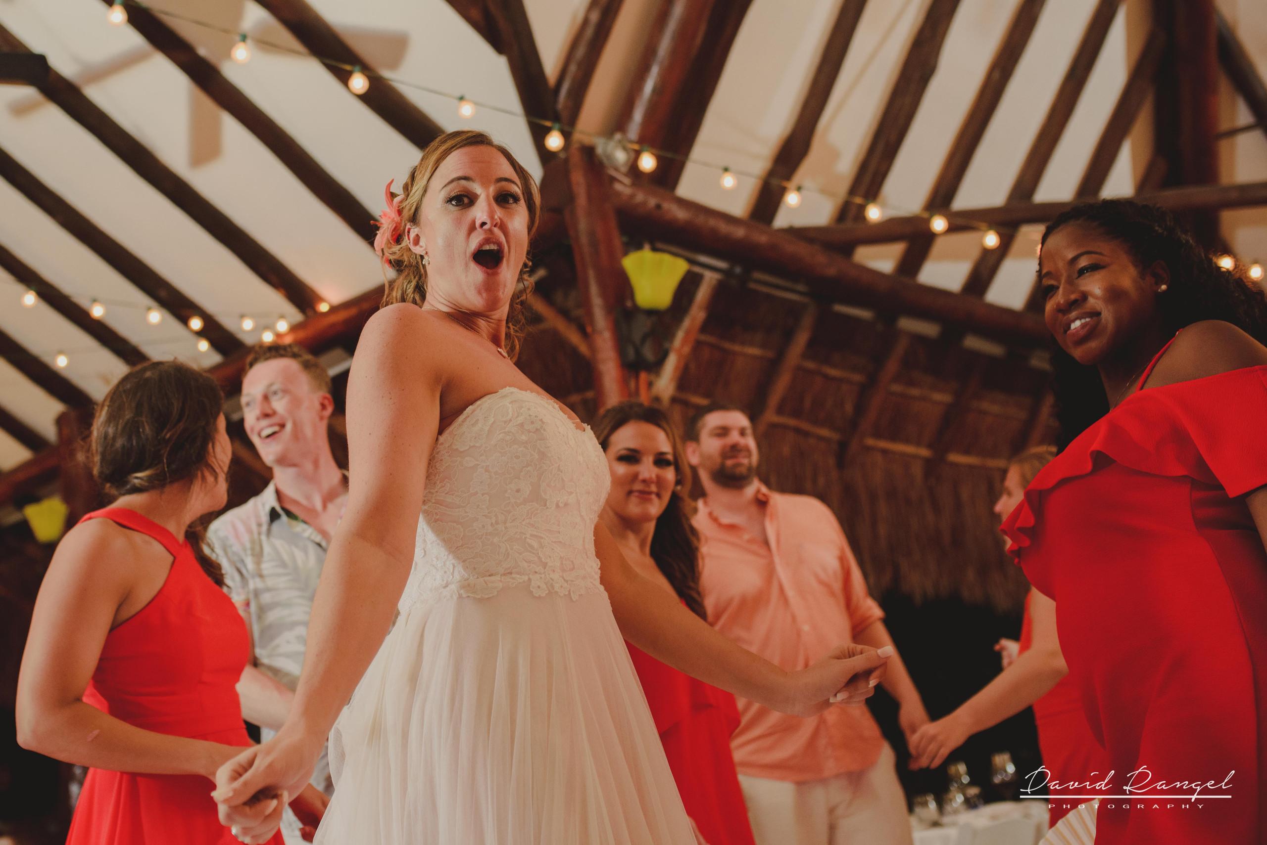 bride+dance+bridesmaids+happy+funny+best+friends