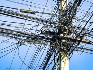 Amazonas registra mais de 27 mil ligações clandestinas de energia, diz Eletrobras