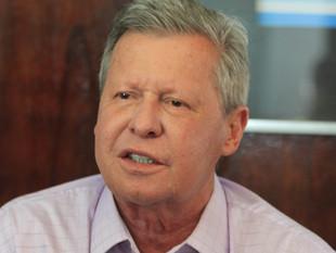 Prefeito Artur Neto quer proibir construção de presídios em Manaus