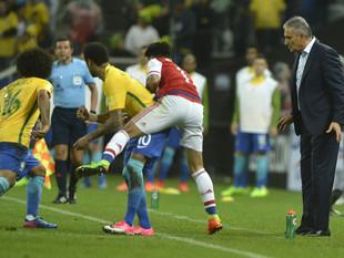 Brasil passa a Argentina e volta à liderança do ranking da Fifa após sete anos